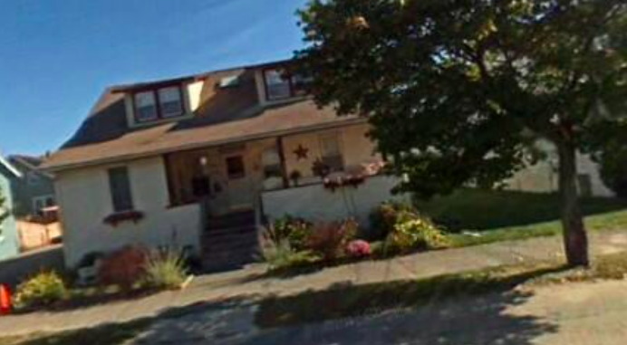 8 lisa dr, plymouth.png