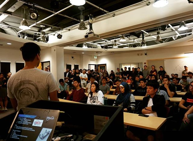 Looking back at the Fall'18 recruitment infosession, there are so many people in the audience who have become an important part of the Hyperloop family. We are recruiting again for Spring'19. Updates coming soon! #berkeleyhyperloop #hyperloop #berkeley #ucberkeley