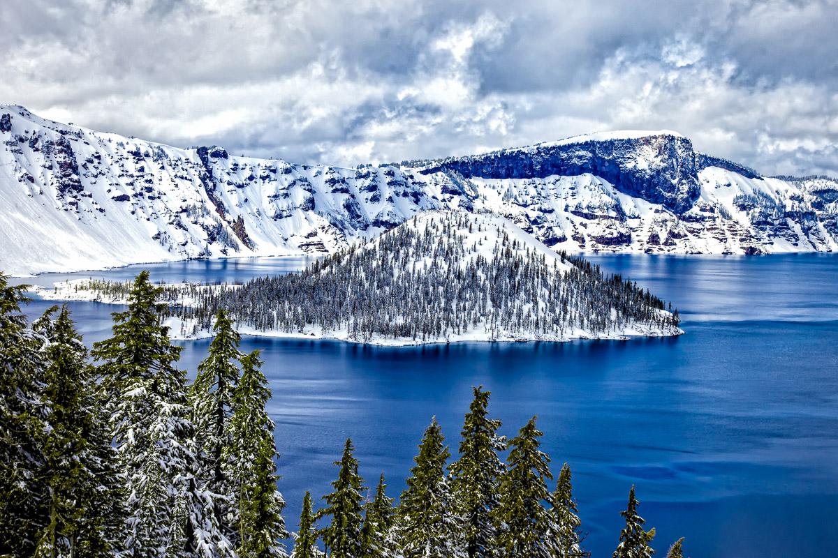 Crater Lake-.JPG