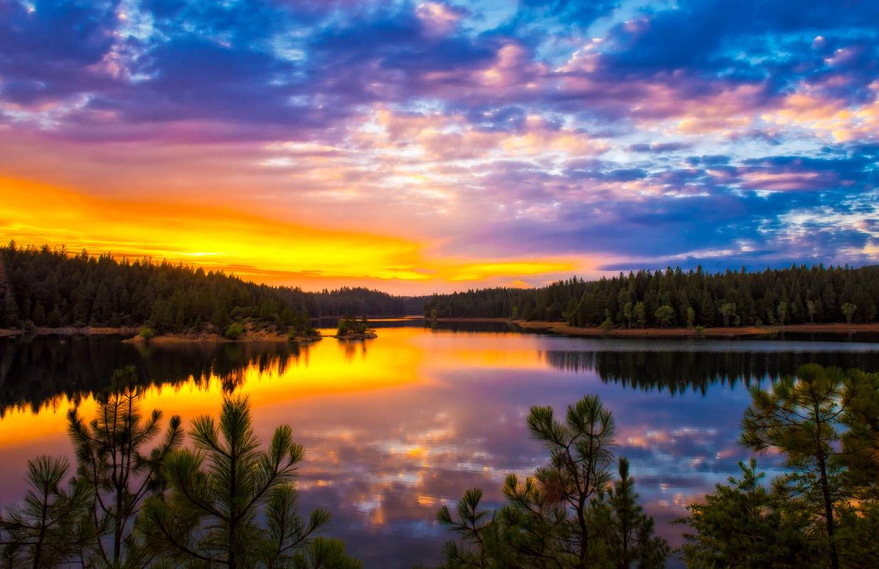 Paradise Lake Sunset-.JPG