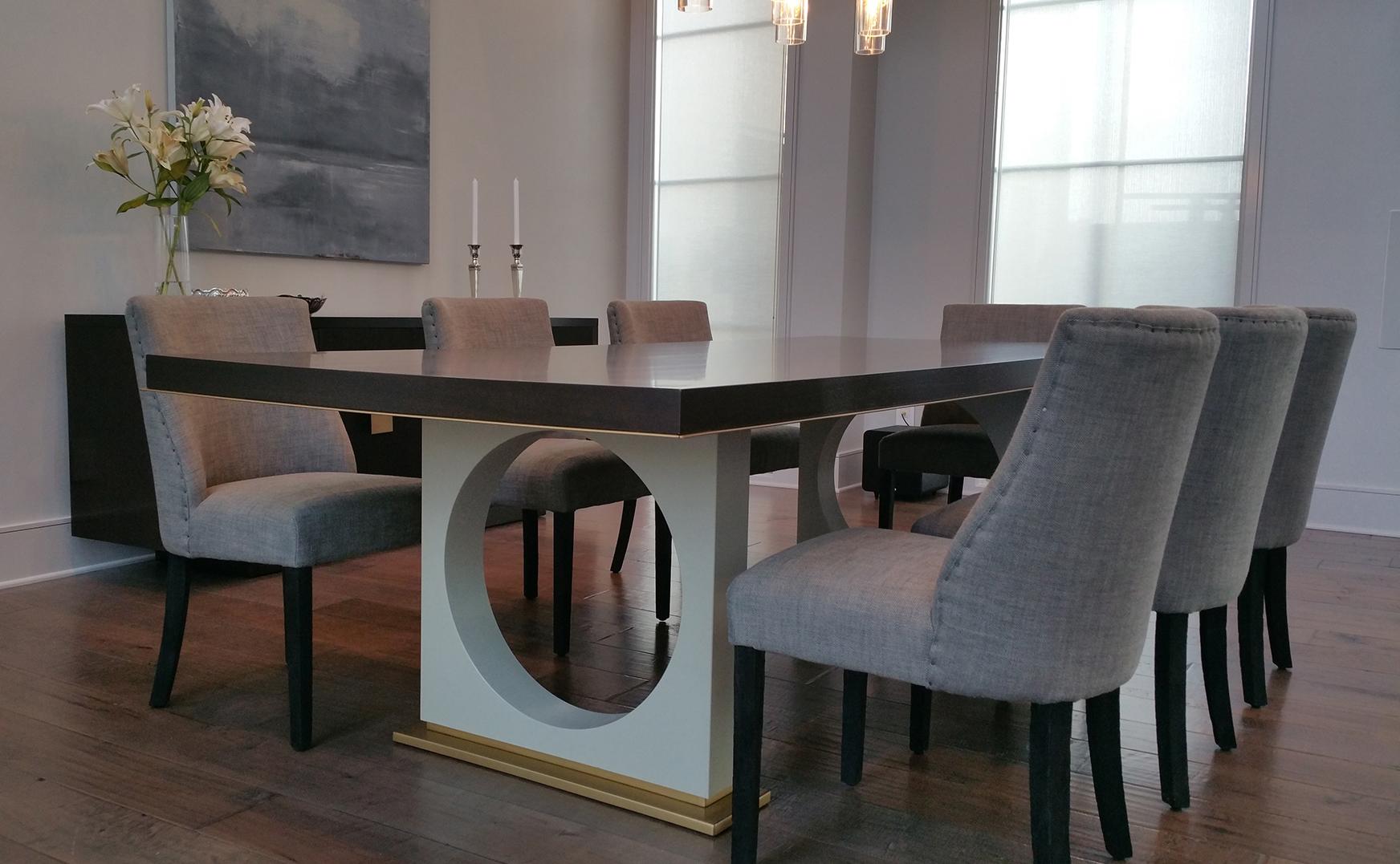 dining_table1_sm.jpg