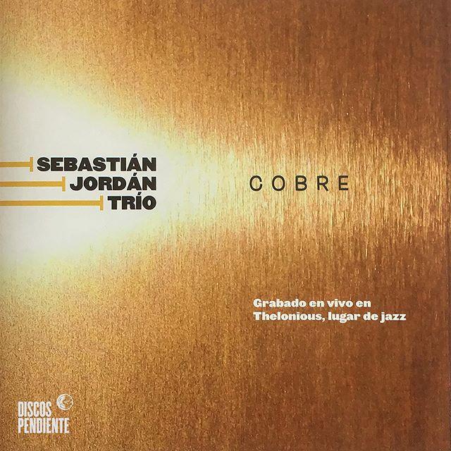 Desde hoy, Cobre (2010) de @sebajordan está disponible en #spotify #applemusic y todas tus plataformas digitales favoritas.  Grabado por @jazzcello  Mix y Master por @chalog  Diseño por @estudio_gonzalez  Colabora @roberto_barahona_ / Purojazz #jazz#chile#cobre#trumpet#trio#musicachilena