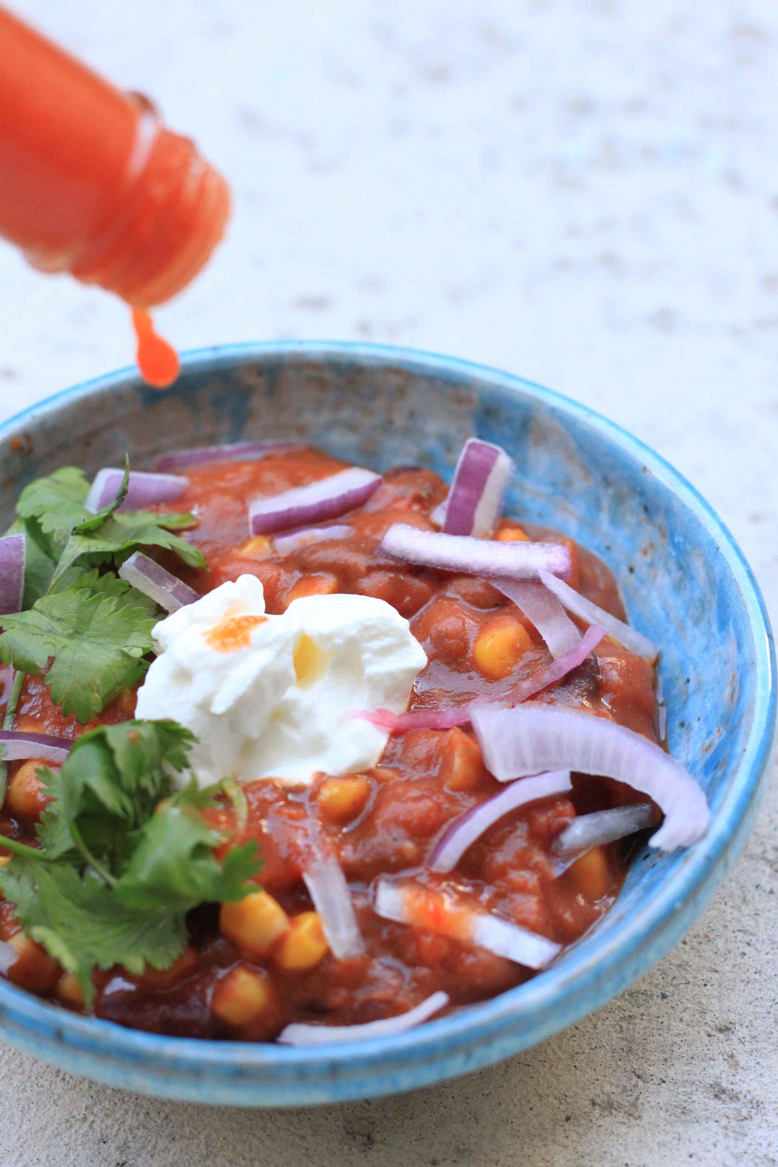 vegetarian vegan gluten free paleo raw chili recipe instapot slowcooker 10 minute dinners lunch charisma shah marie sharp