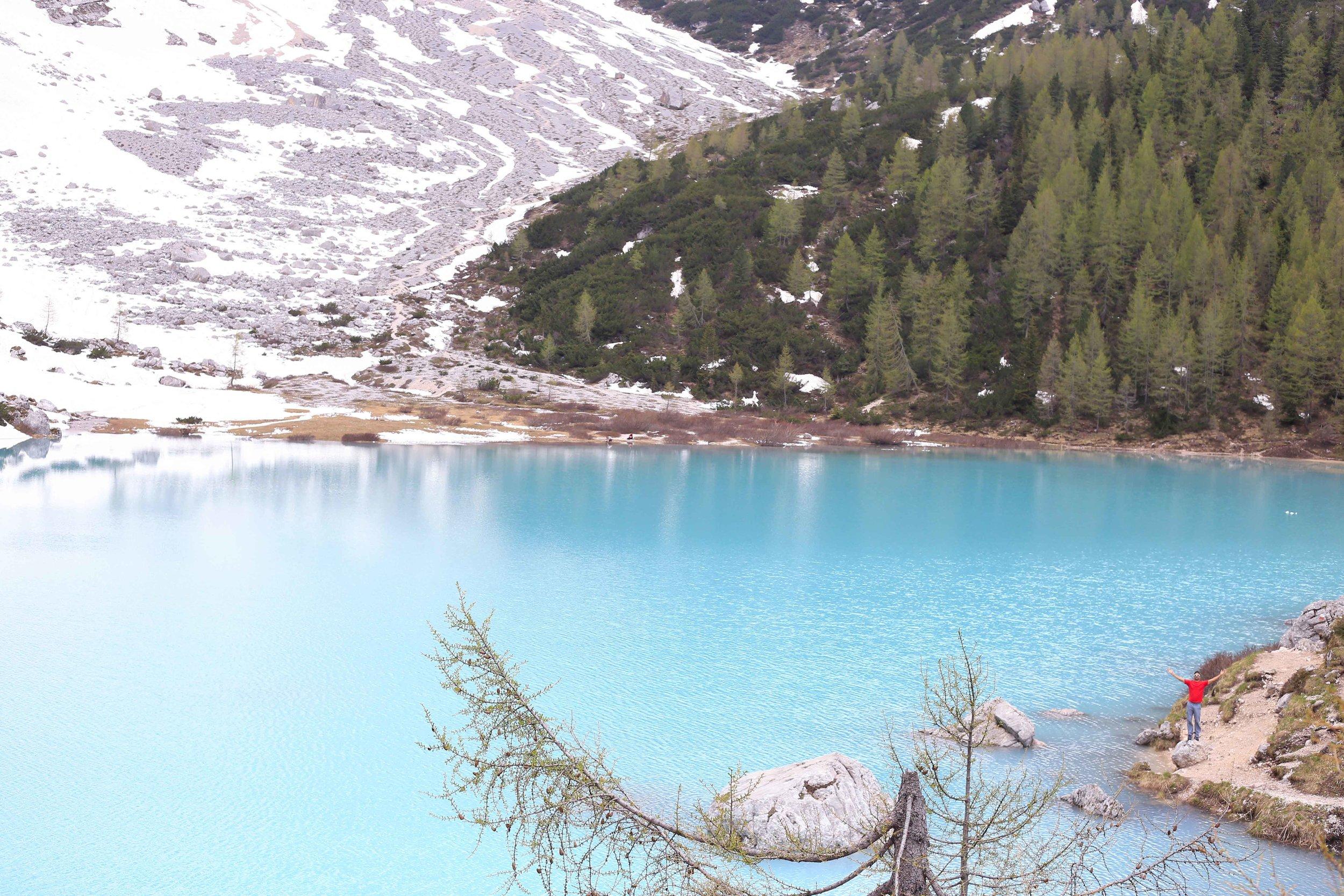 Lago di Sorapis is seriously gorgeous y'all.