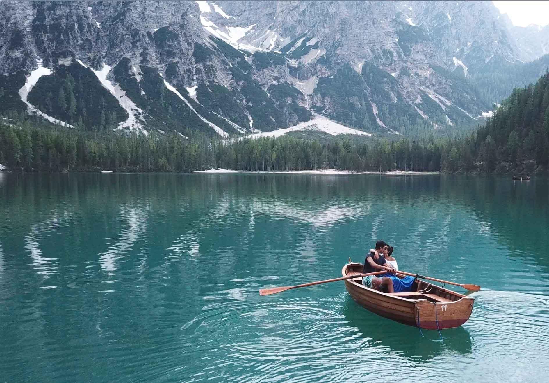 Canoeing with the HUBS on Lago di Braies (Pragser Wildsee)