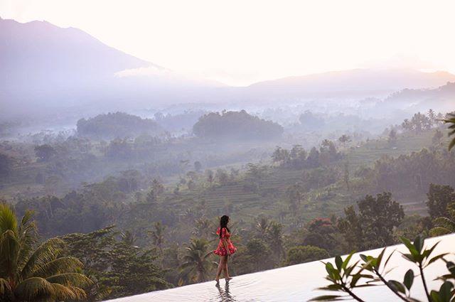 #tbt to breathtaking Bali 🌿 . . . . . . #sheisnotlost #dametraveler #cnntravel #mytinyatlas #womenwhoexplore #womenwhotravel #wearetravelgirls #femmetravel #wanderingwomen #IAmATraveler #globelletravels #TLAsia #passionpassport #thedscvrr #citizenfemme #girlsthatwander #wanderlust  #liveyouradventure #livetinted #thechaipress #browngirl #TLPicks #LR_Horizons #visitbali