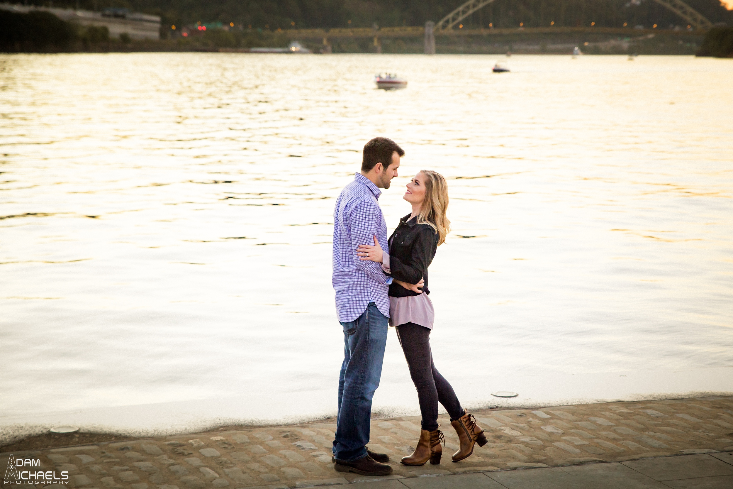 Sunset North Shore Point Engagement Pictures_0882.jpg