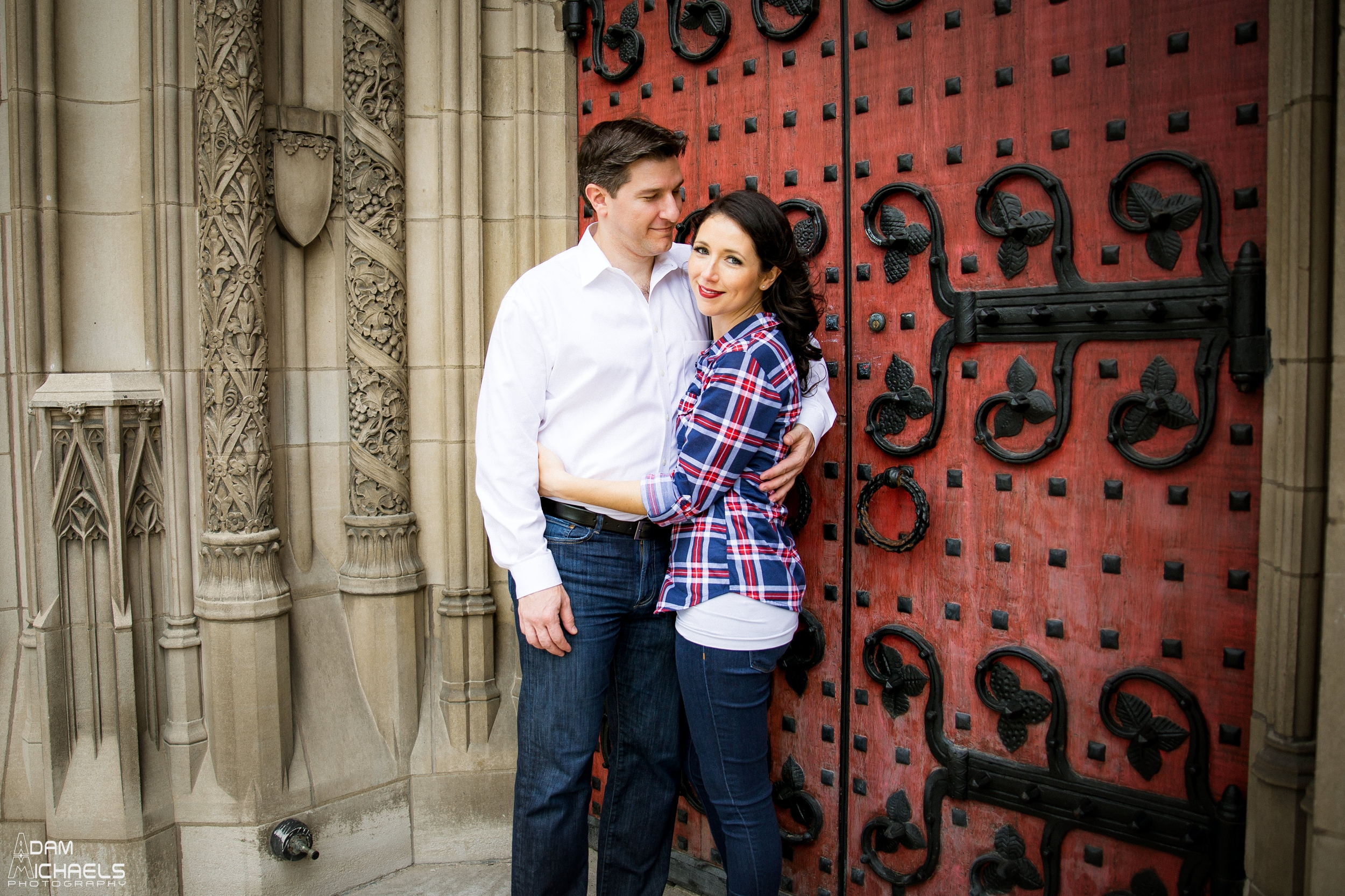 Pitt Cathedral of Learning Engagement Pictures_0916.jpg