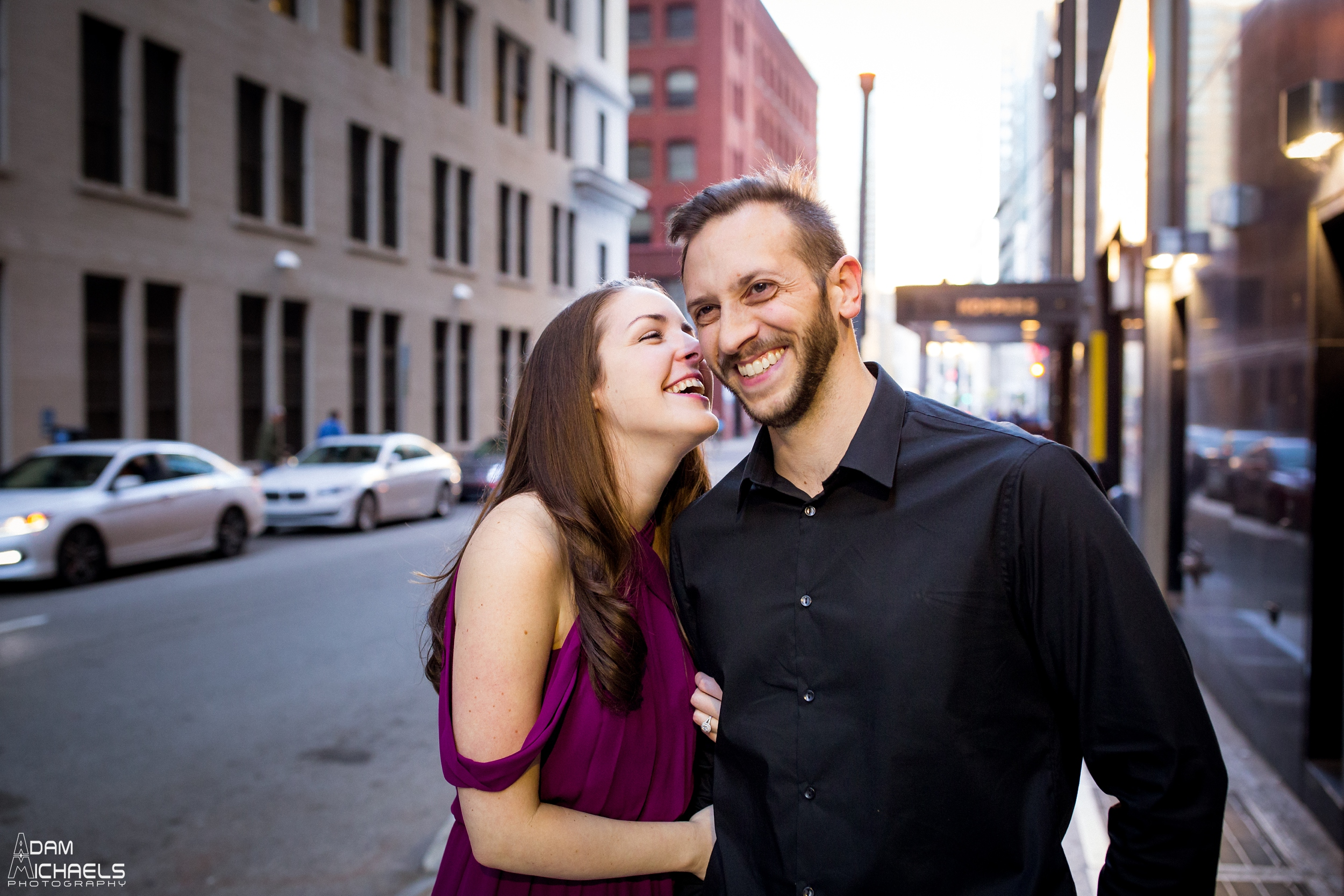 Downtown Pittsburgh Fall Engagement Pictures_1471.jpg