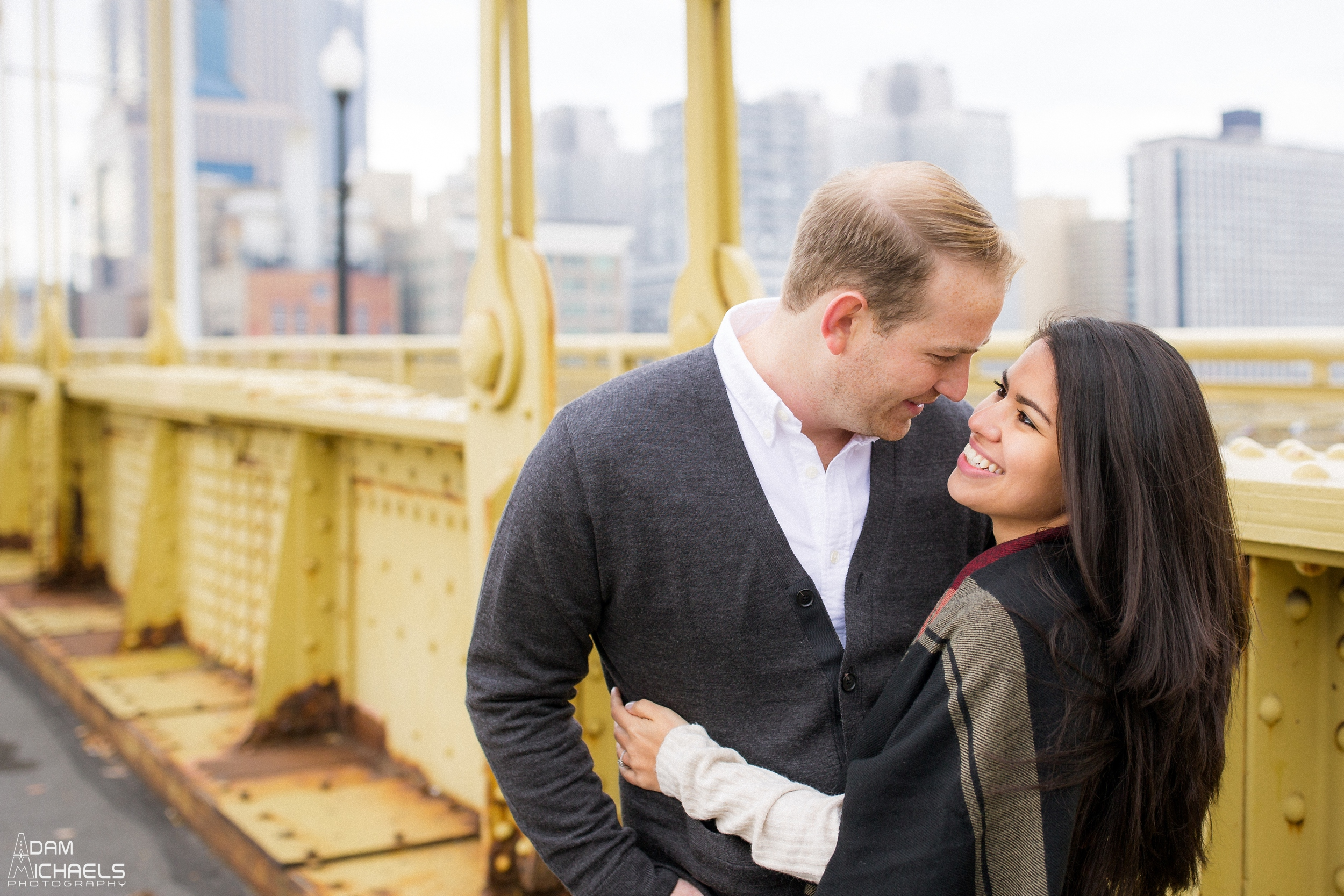 Clemente Bridge Engagement Pictures_1675.jpg