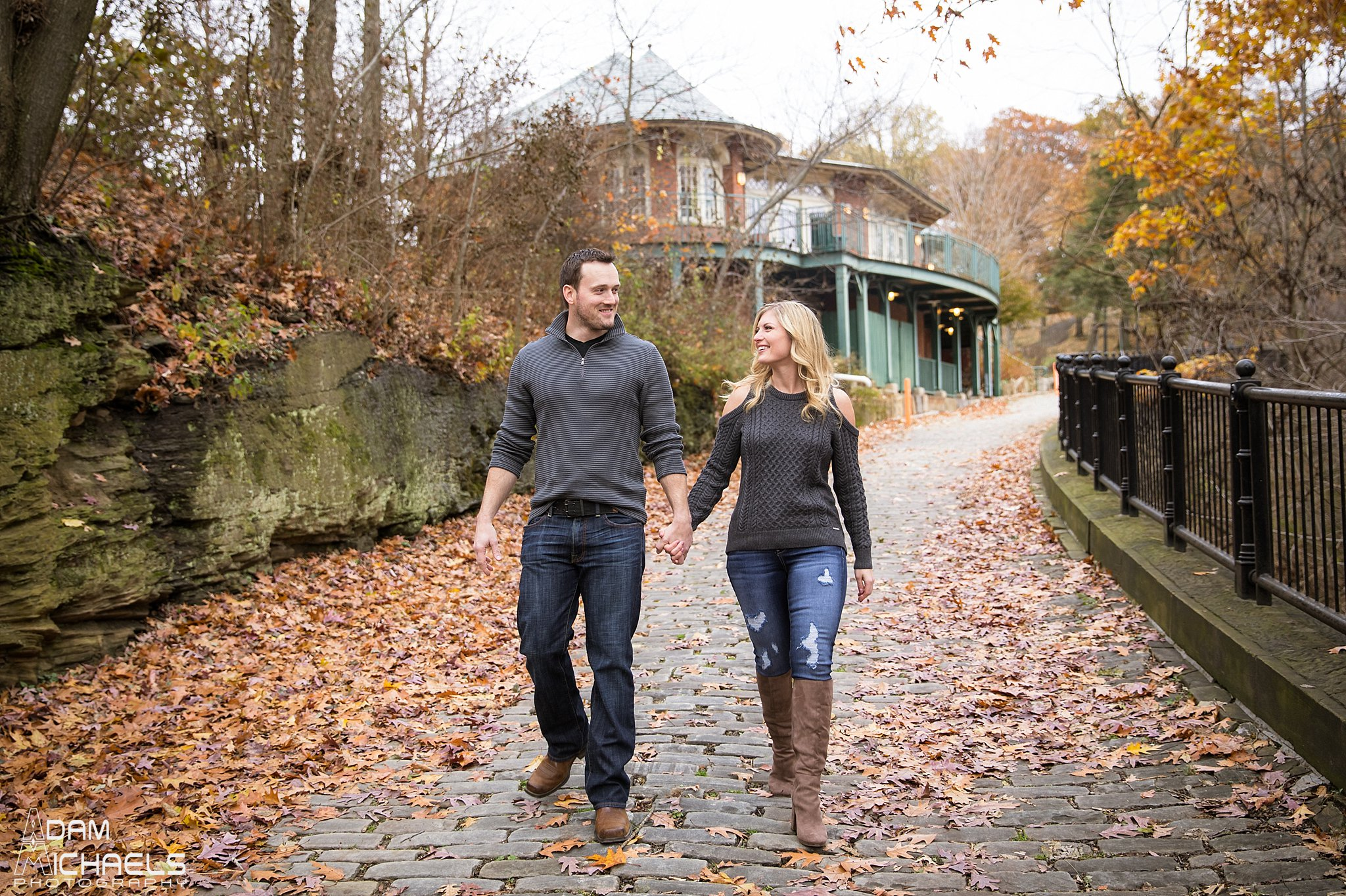 Schenley Park Fall Engagement_0226.jpg