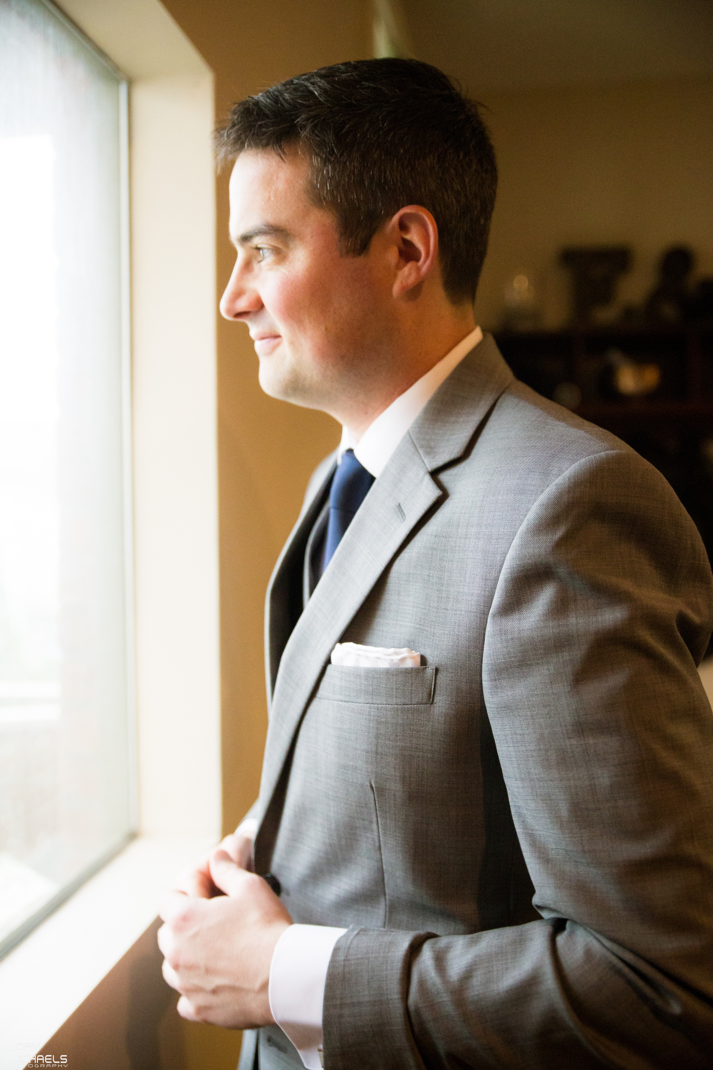 Pittsburgh Groom Getting Ready Wedding Pictures_1767.jpg