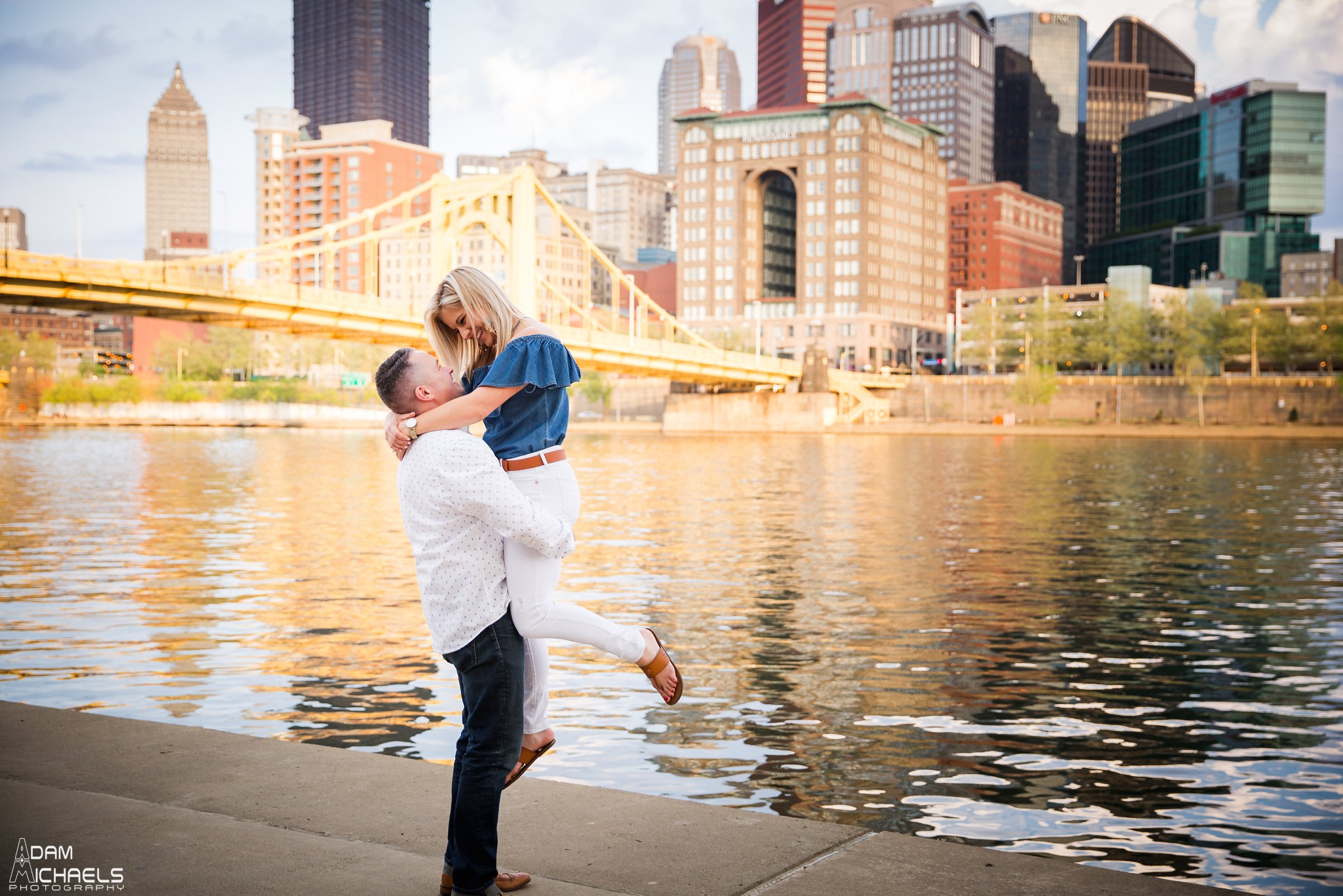 North Shore Spring Engagement Pictures_2213.jpg