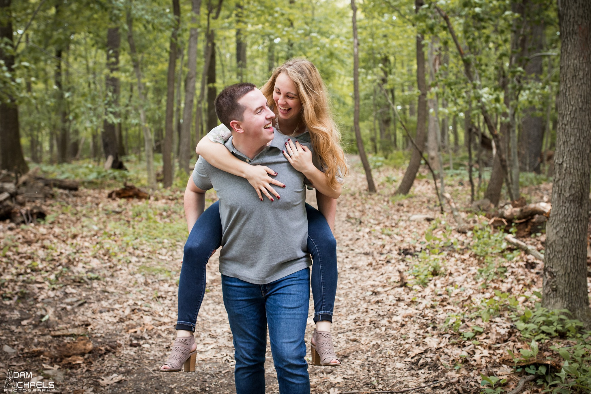 Spring Hartwood Acres Engagement Pictures_2248.jpg