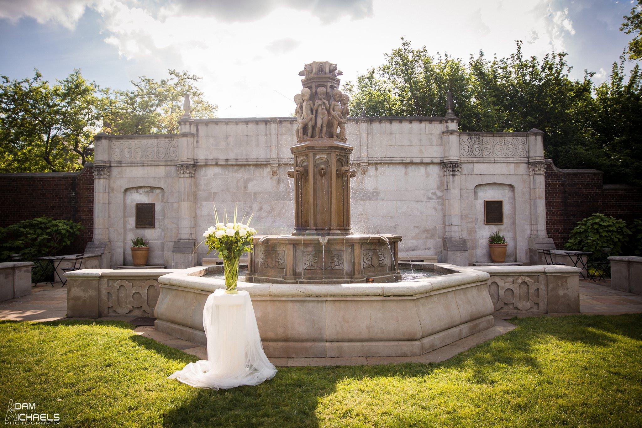 Mellon Park Walled Garden Spring Wedding-23.jpg