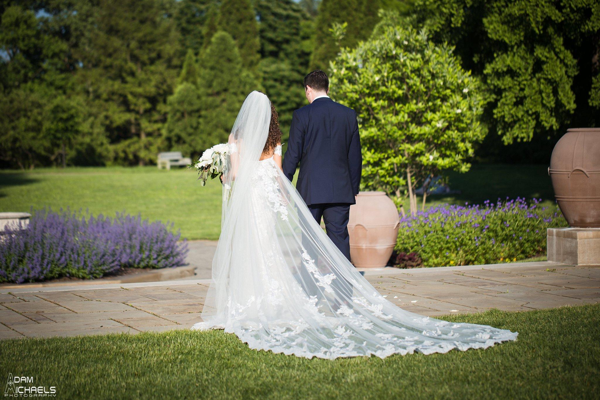 Mellon Park Walled Garden Spring Wedding-97.jpg