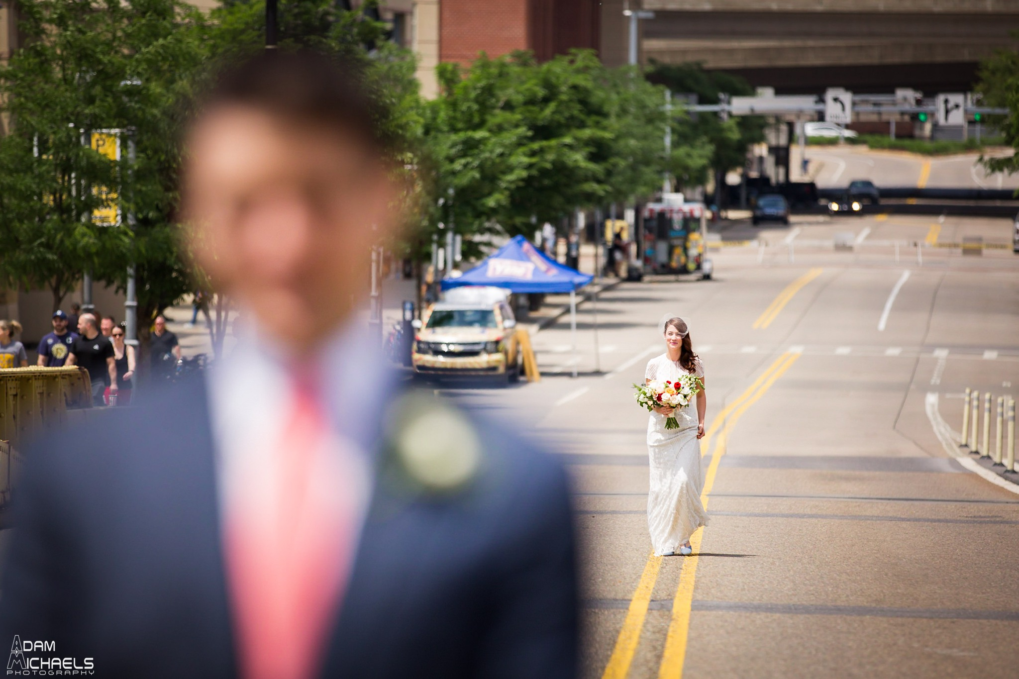 Clemente Bridge Pittsburgh Wedding Pictures_2285.jpg