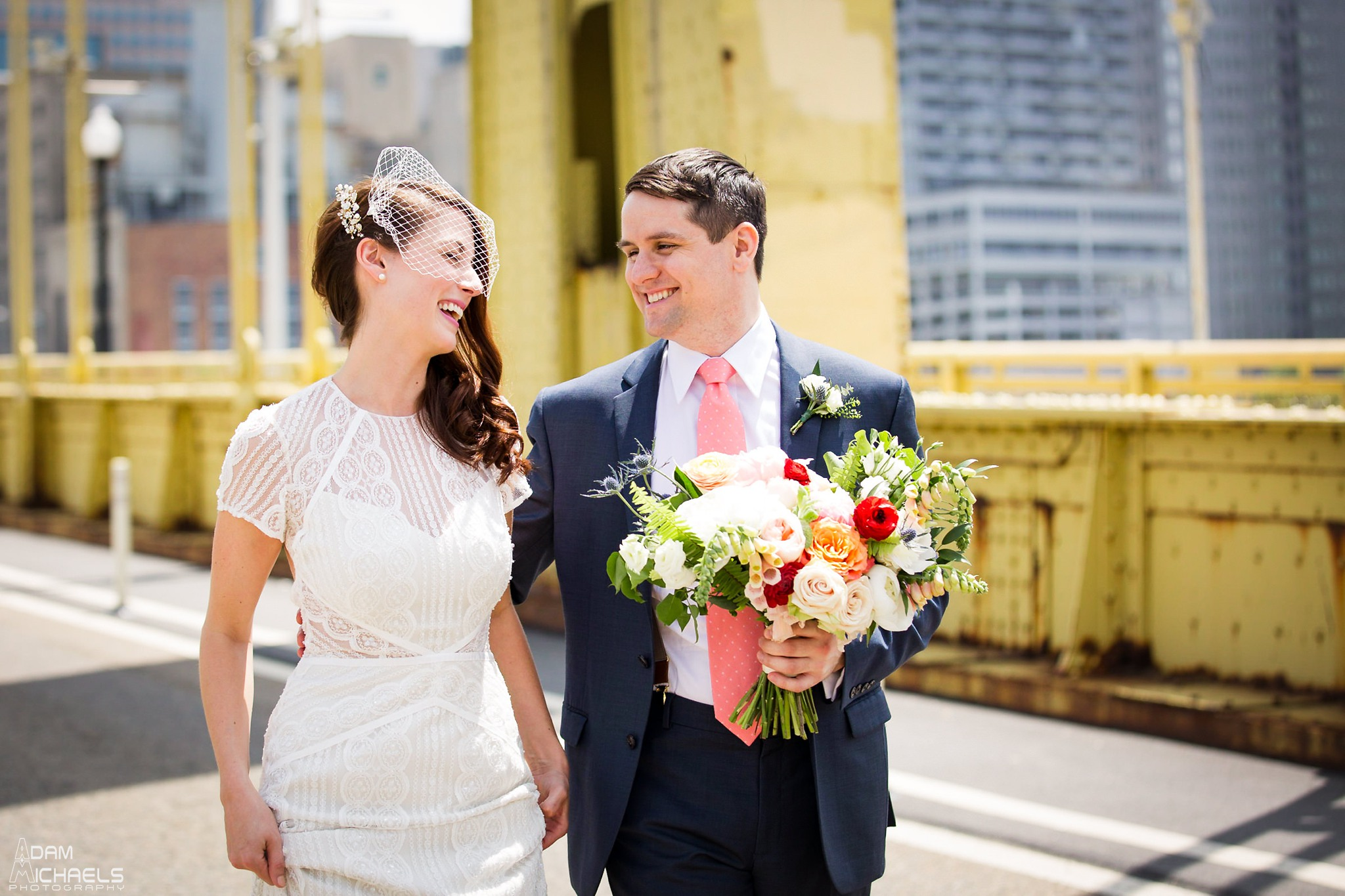 Clemente Bridge Pittsburgh Wedding Pictures_2294.jpg