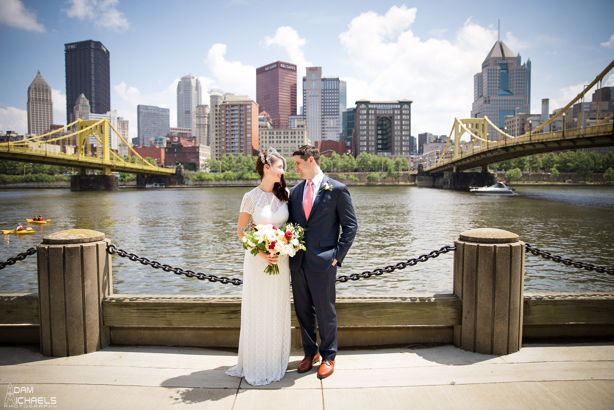 Clemente Bridge Pittsburgh Wedding Pictures_2297.jpg