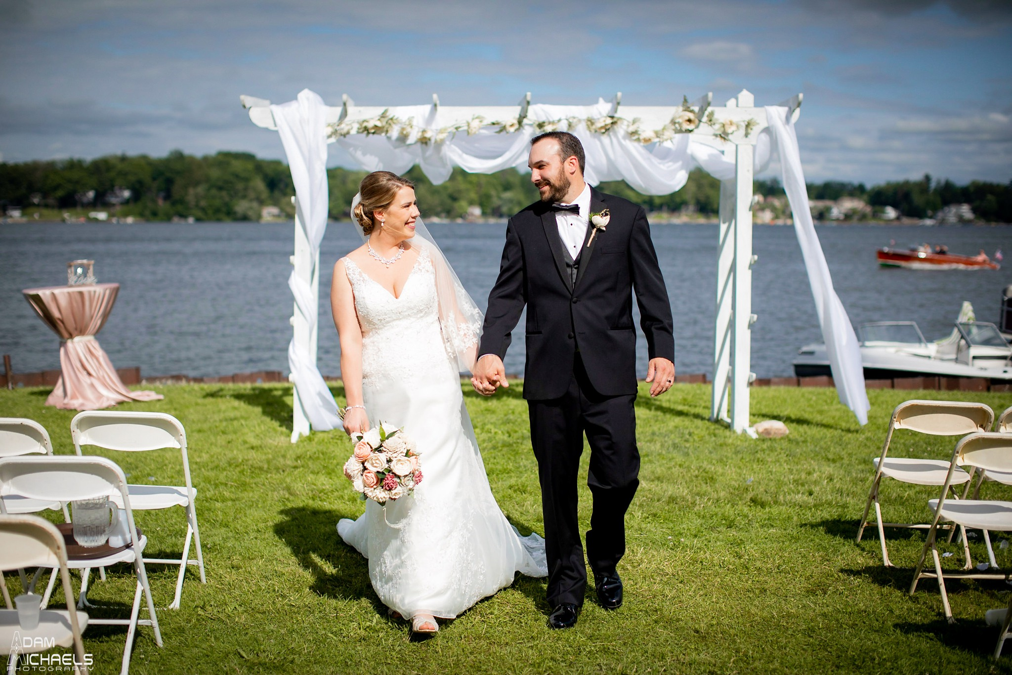 Conneaut Lake Hotel Wedding Portraits_2414.jpg