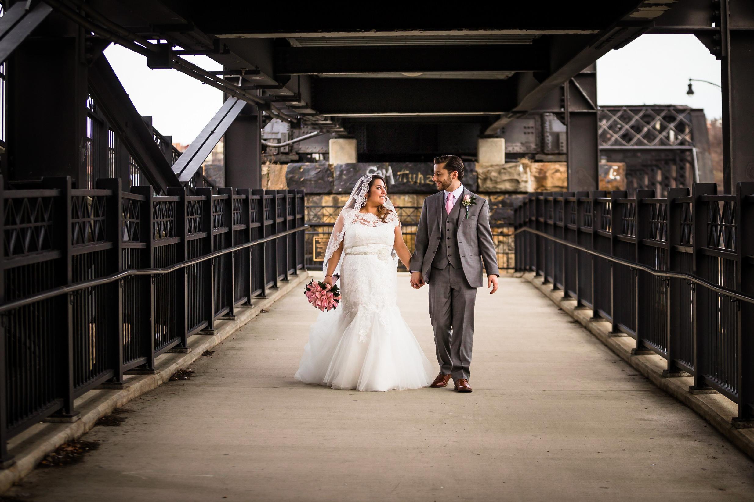 Southside Works Hot Metal Bridge Wedding Engagement Picture Locations-6.jpg