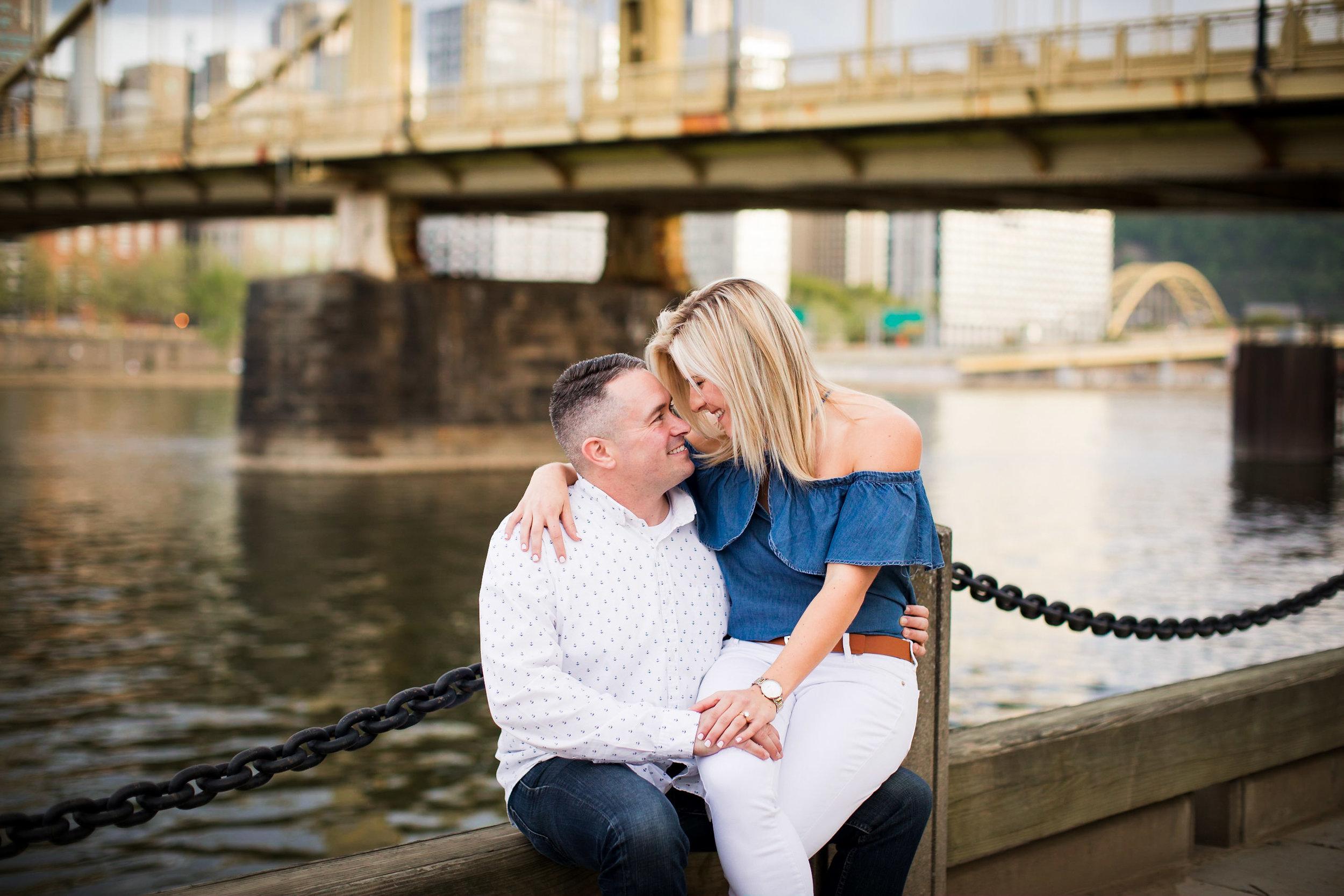 North Shore Clemente Bridge Wedding Engagement Picture Locations-32.jpg