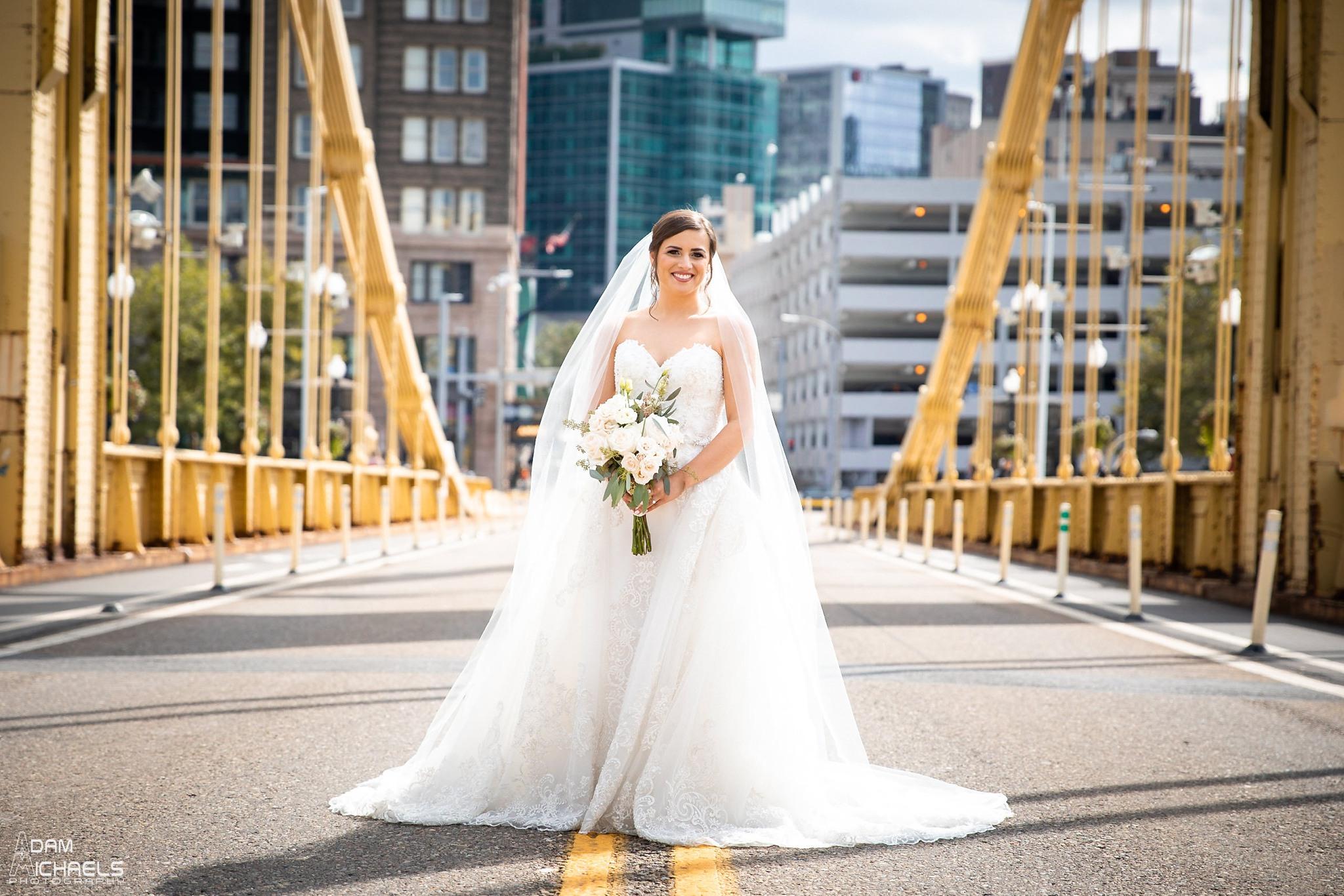 Pittsburgh Clemente Bridge Wedding Bridal Portraits _2593.jpg