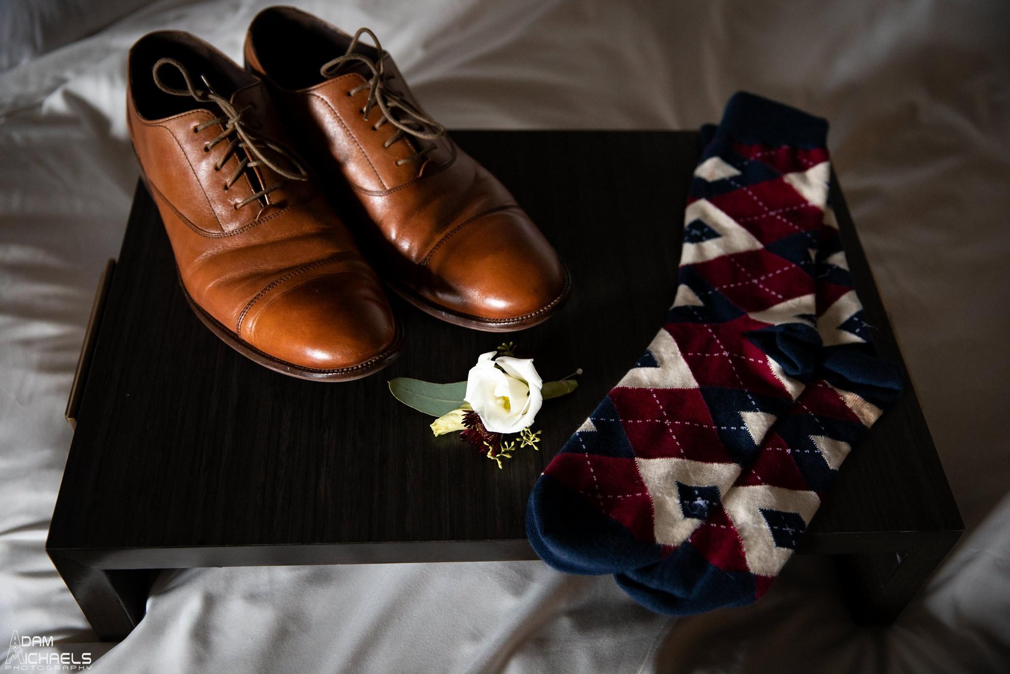 Renaissance Hotel Pittsburgh Wedding Groom Getting Ready_2600.jpg