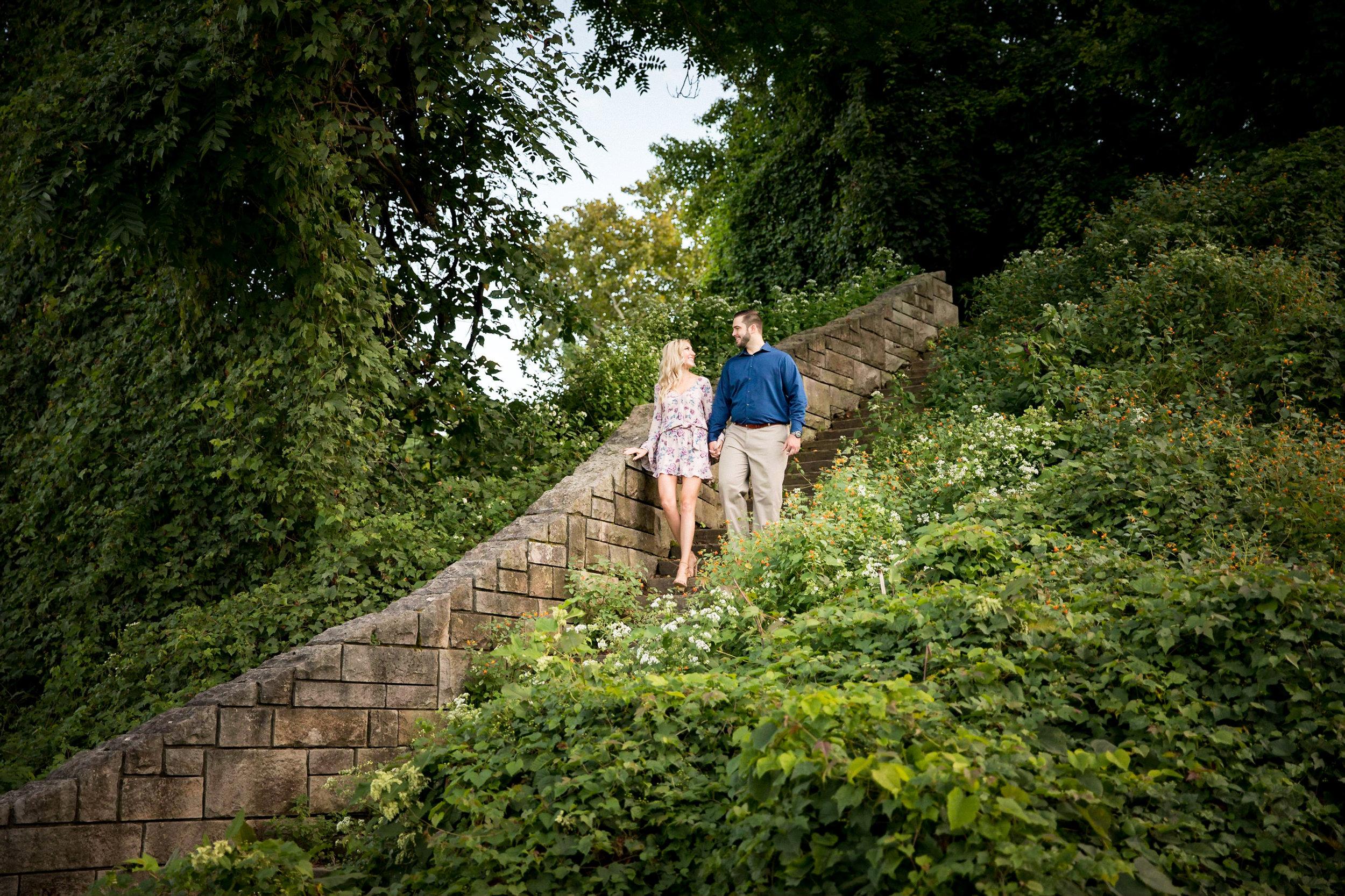 Washington's Landing Engagement Pictures-14.jpg