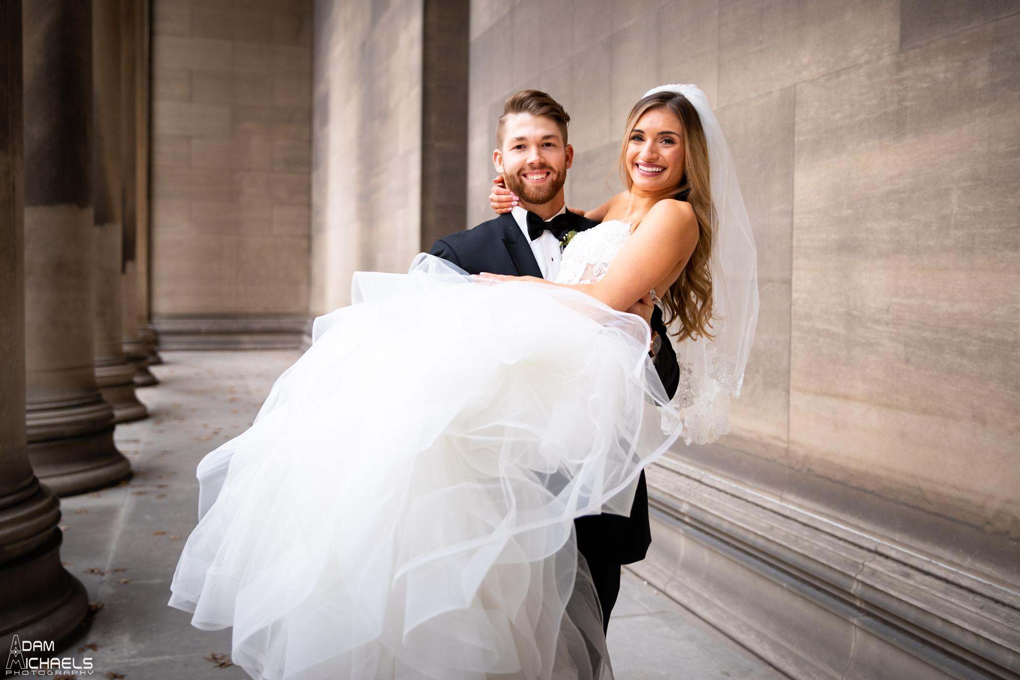 Carnegie Mellon Pillars Wedding Pictures_2743.jpg