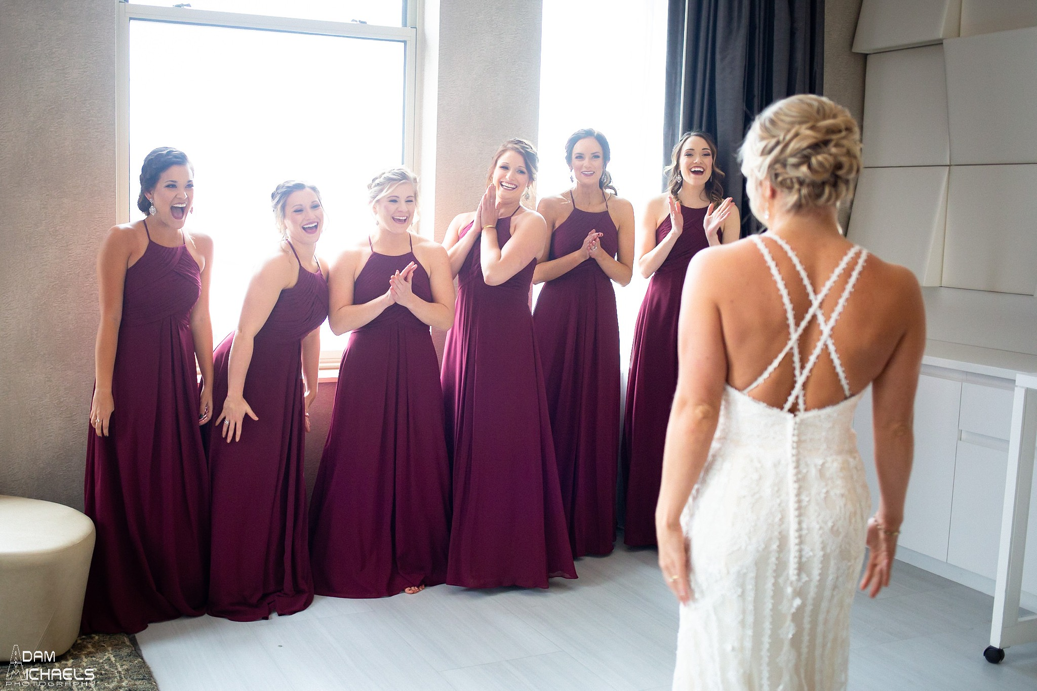 Pittsburgh Renaissance Hotel Wedding Bride Getting Ready_2881.jpg
