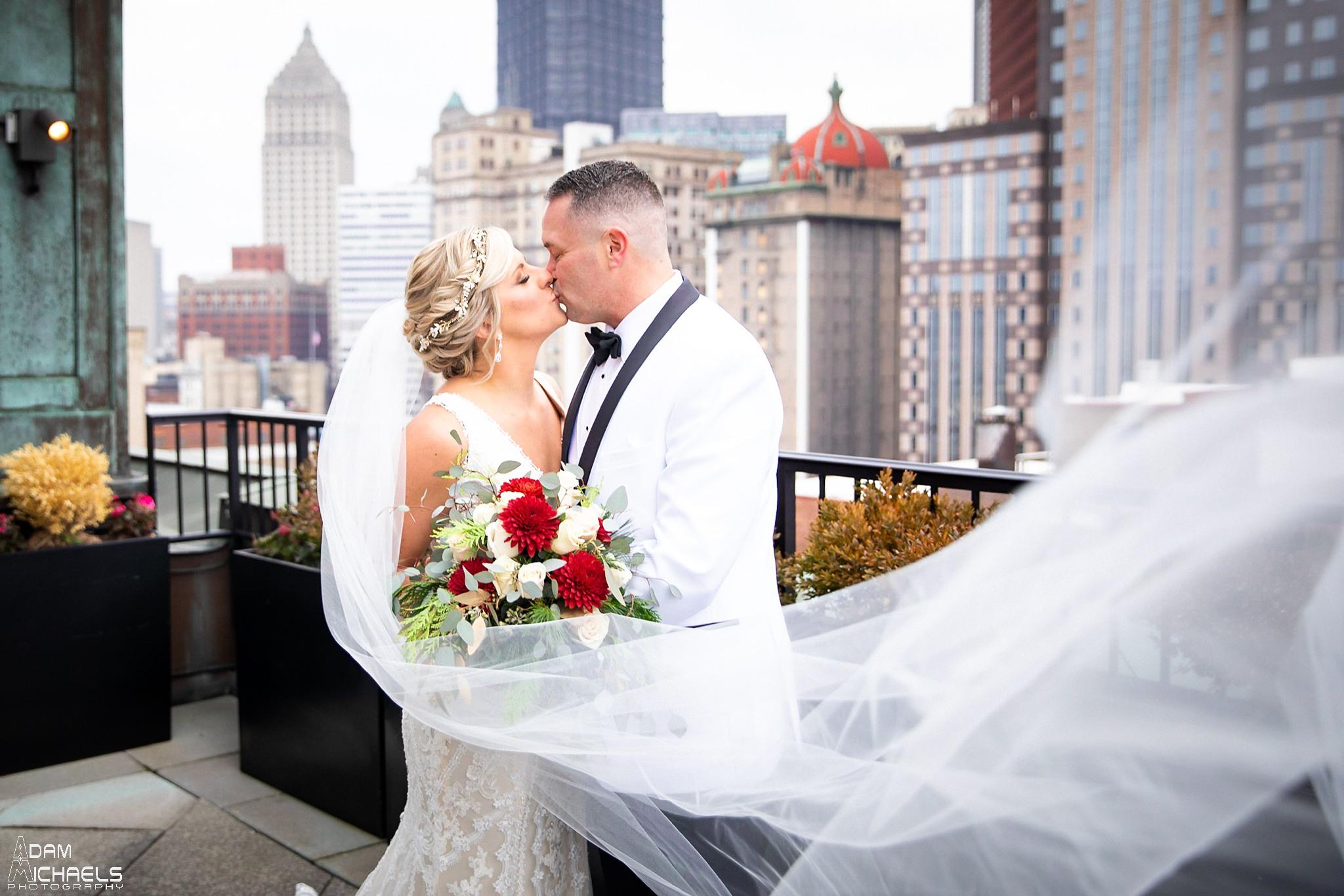 Pittsburgh Renaissance Hotel Wedding First Look Roof_2891.jpg