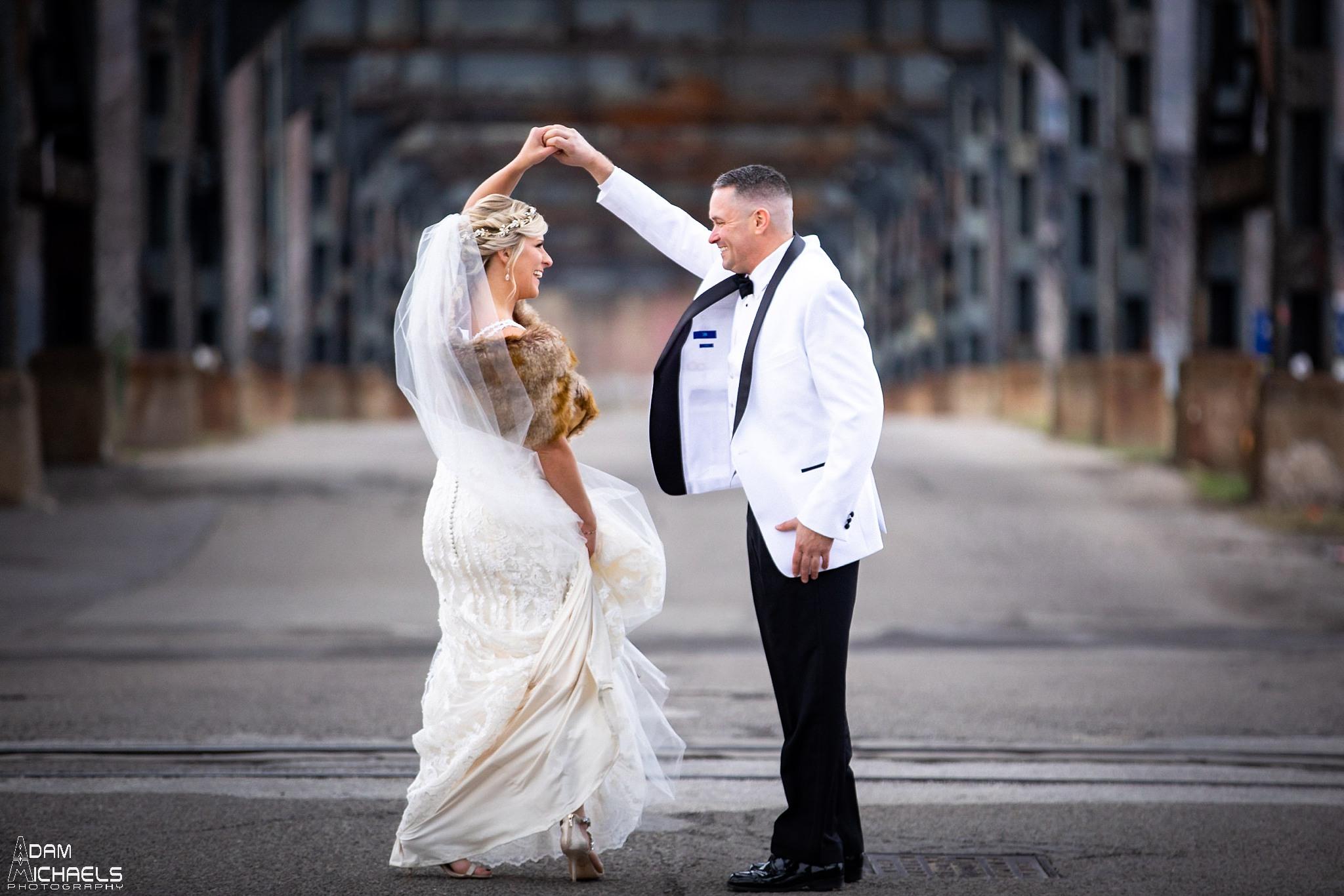 Pittsburgh Strip District 33rd Street Wedding Pictures_2903.jpg