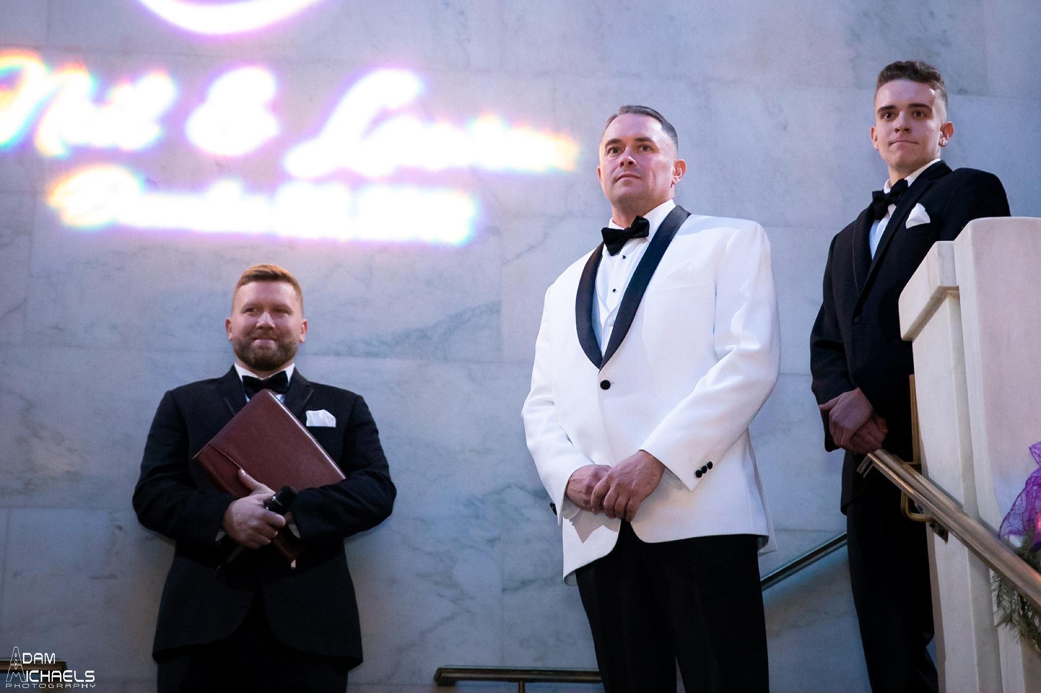 Pittsburgh Renaissance Hotel Wedding Ceremony Pictures_2915.jpg