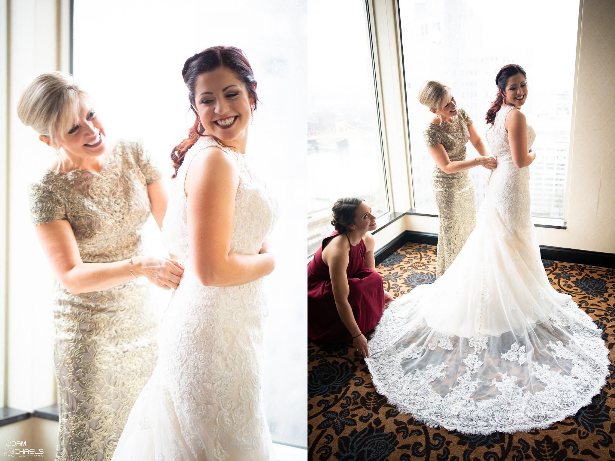 Wyndham Grand Pittsburgh Wedding Bride Getting Ready_2970.jpg