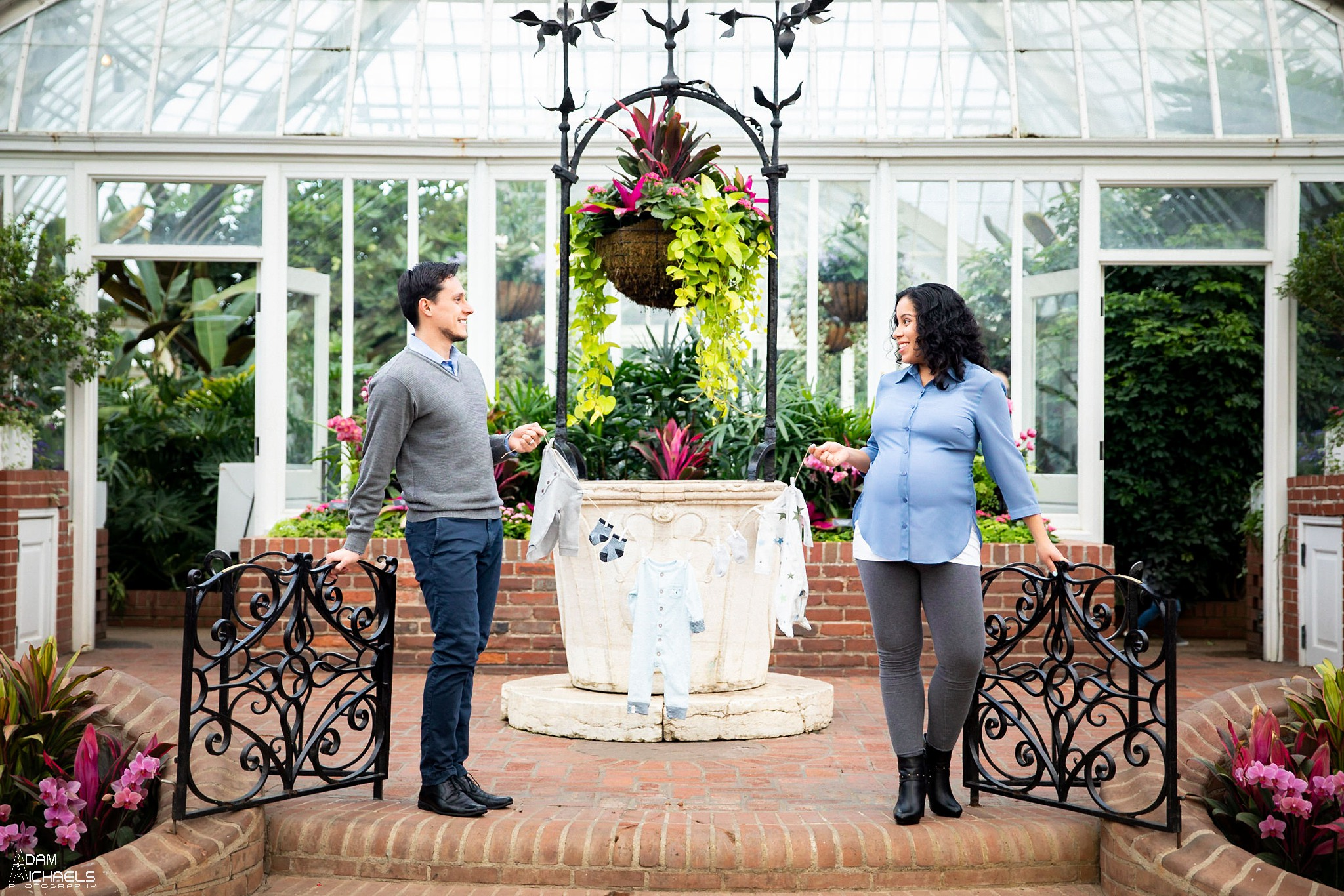 Pittsburgh Maternity Pictures Phipps Conservatory_3079.jpg