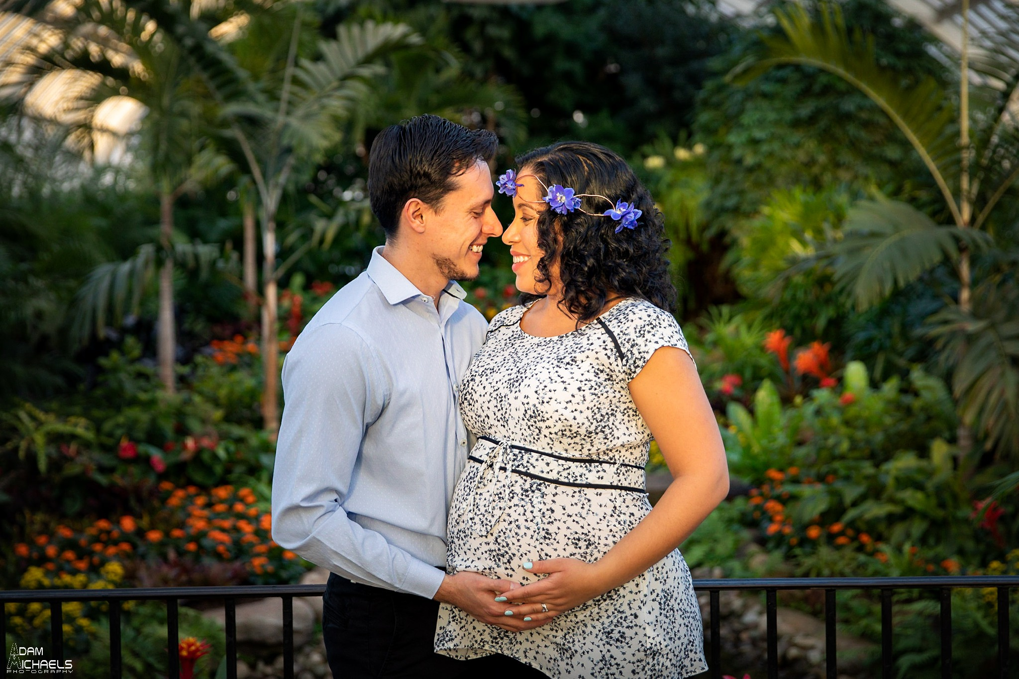 Pittsburgh Maternity Pictures Phipps Conservatory_3097.jpg