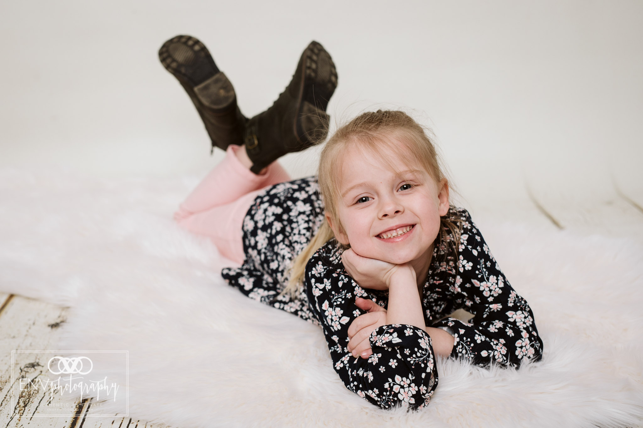 Mount Vernon Columbus Ohio Family Studio Photography (11).jpg