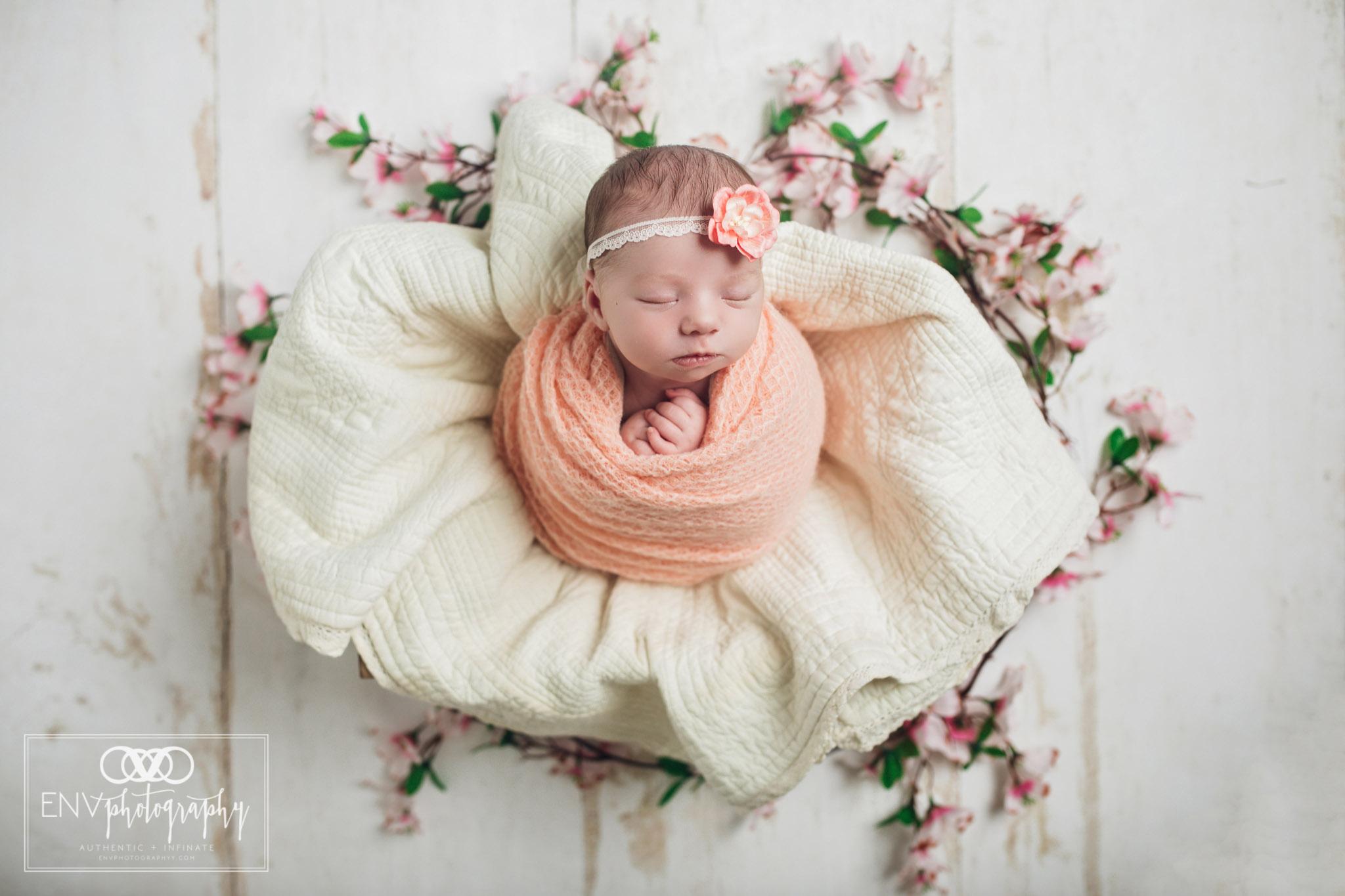 Mount Vernon Columbus Ohio Newborn Photographer Ryleigh (6).jpg