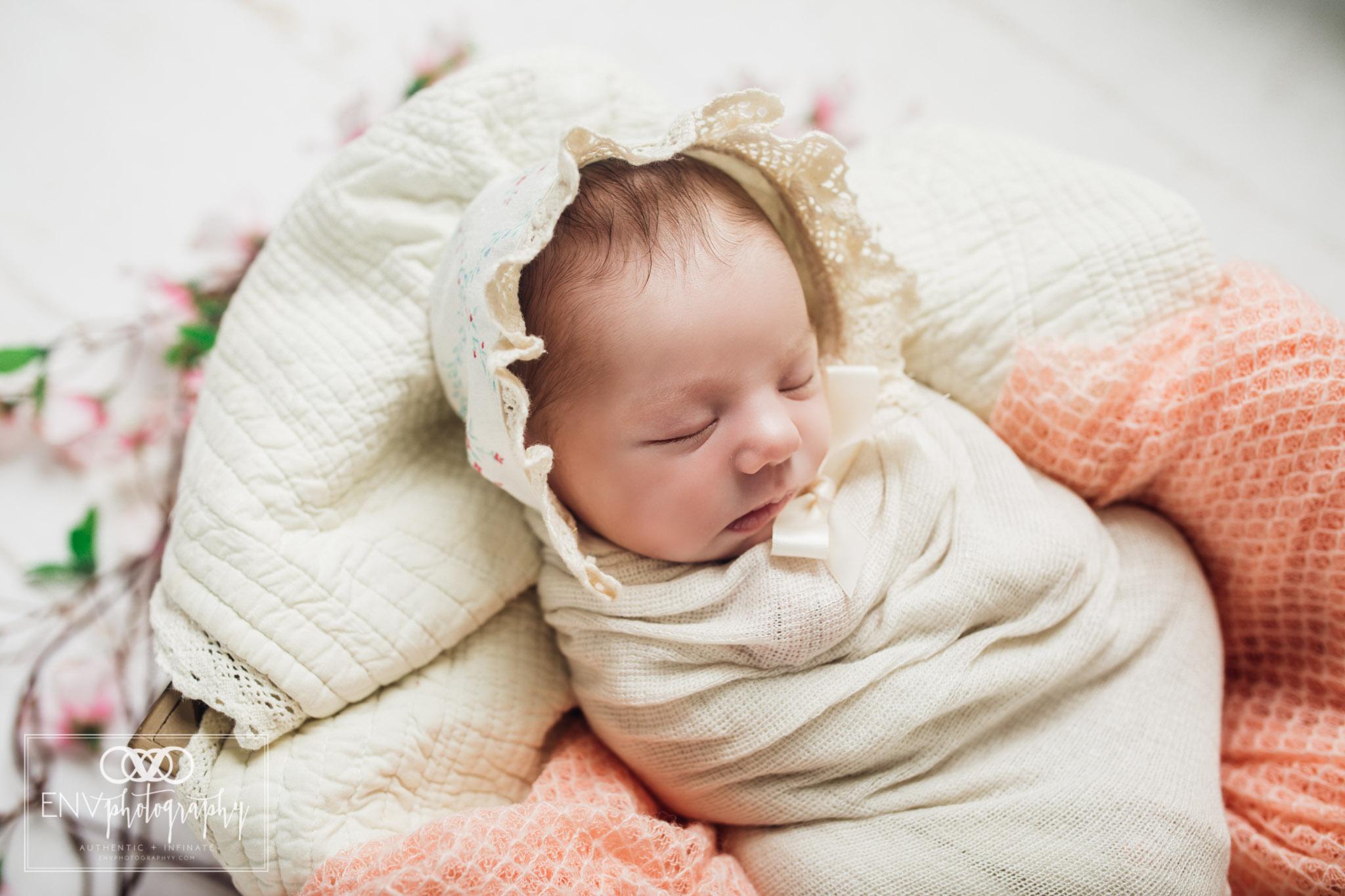 Mount Vernon Columbus Ohio Newborn Photographer Ryleigh (9).jpg