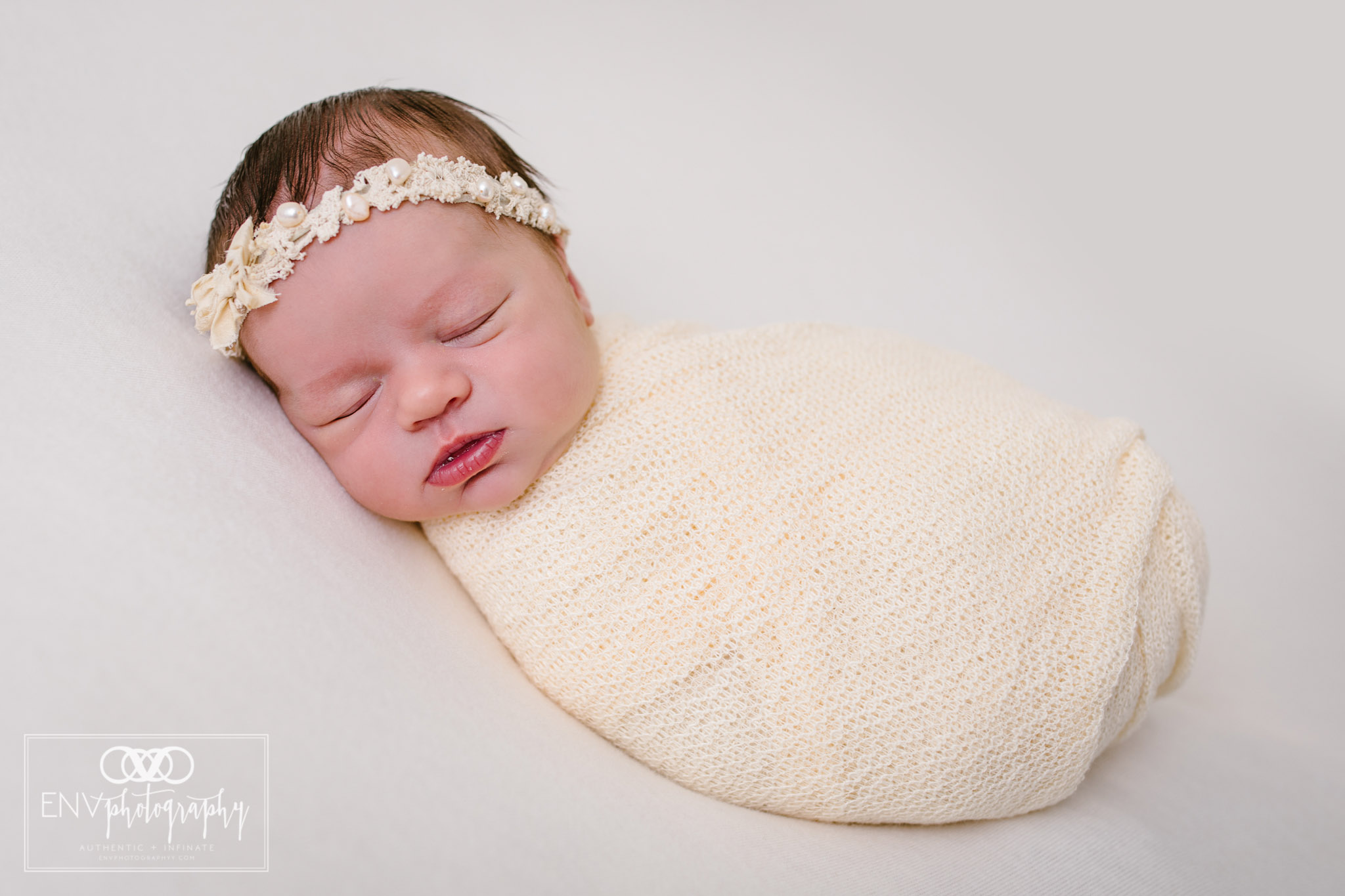 Mount Vernon Columbus Ohio Newborn Photographer Harlow (6).jpg