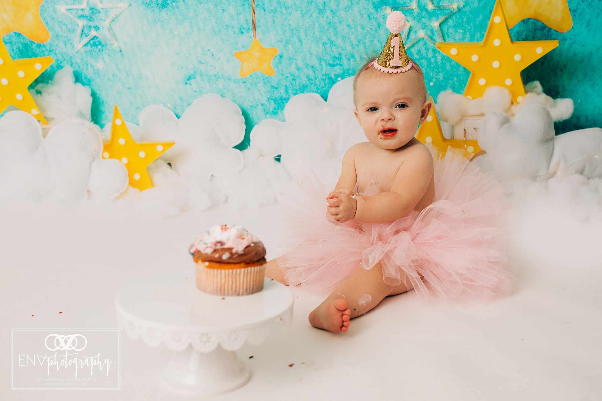 Mount Vernon Columbus Ohio Family Photographer First Birthday (13).jpg