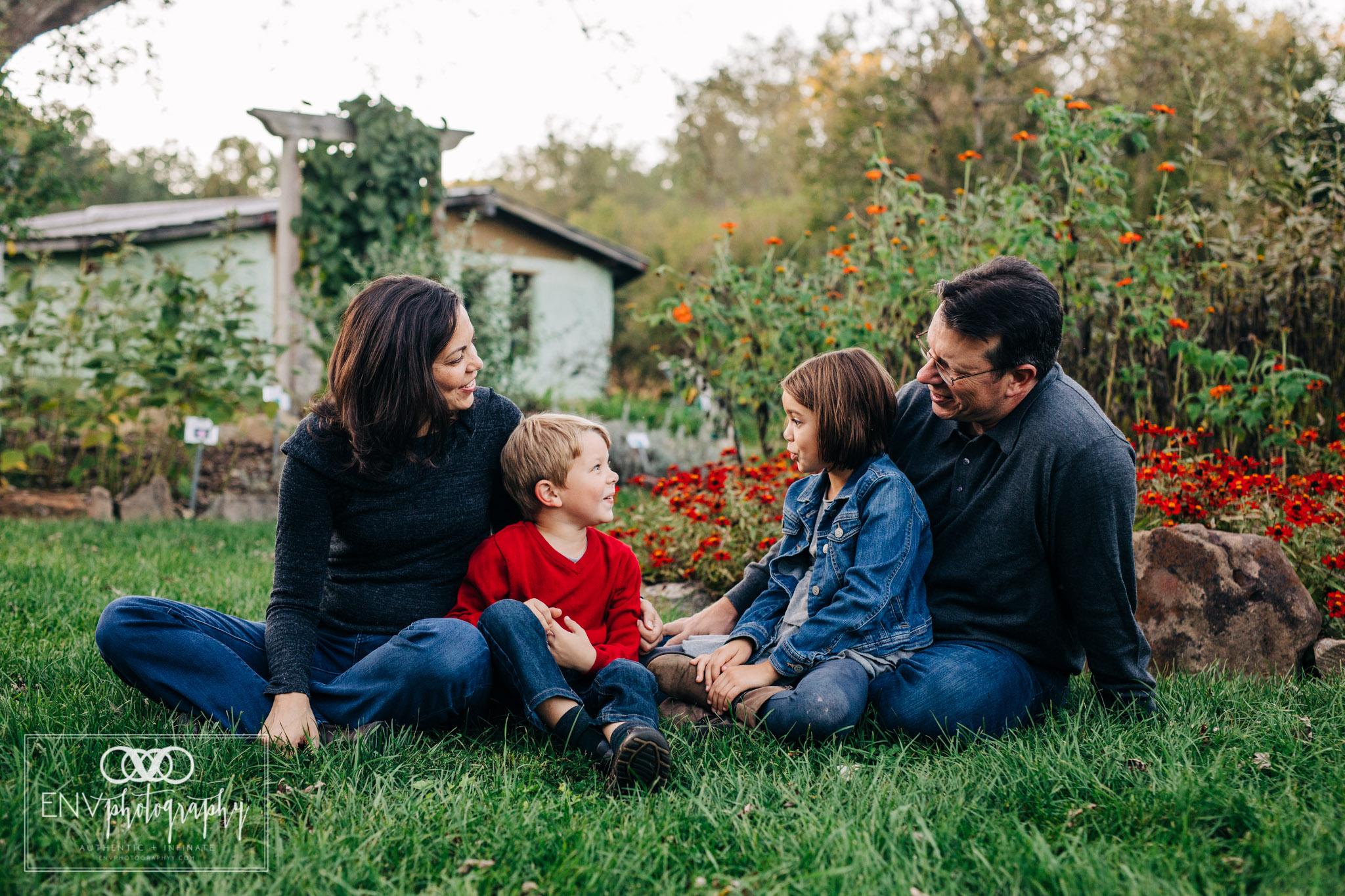 Gambier Mount Vernon Columbus Ohio Family Photographer 2018 (11).jpg