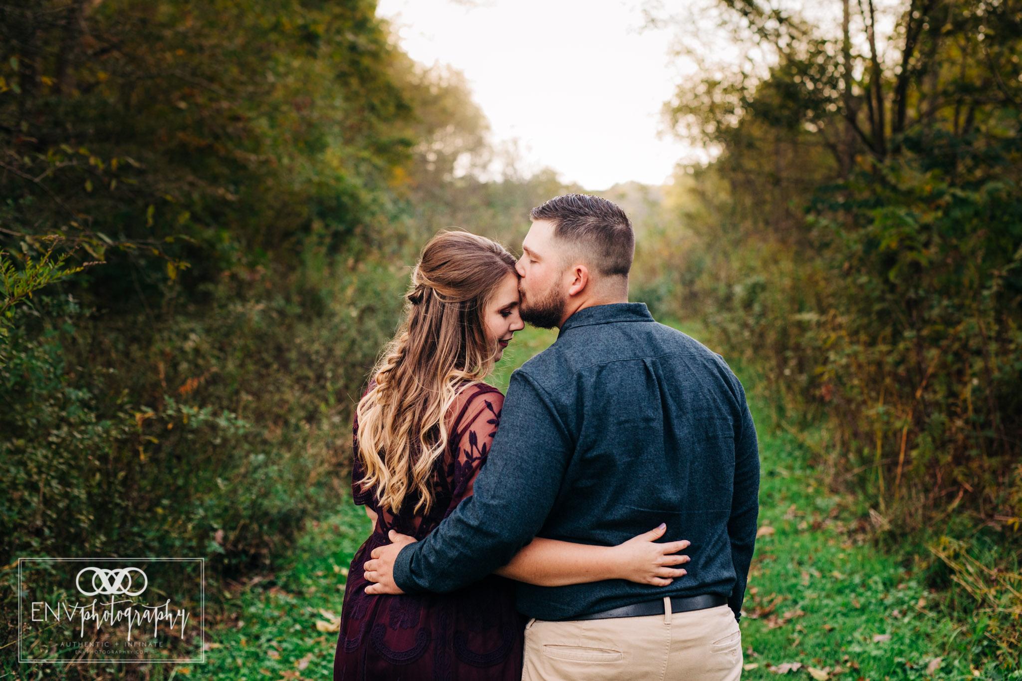 columbus ohio mount vernon ohio engagement photographer 2018 (6).jpg