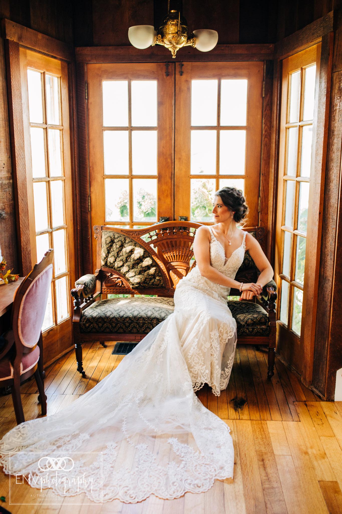 Mount Vernon Ohio Columbus Ohio Barn Wedding Photography Gibson (1).jpg