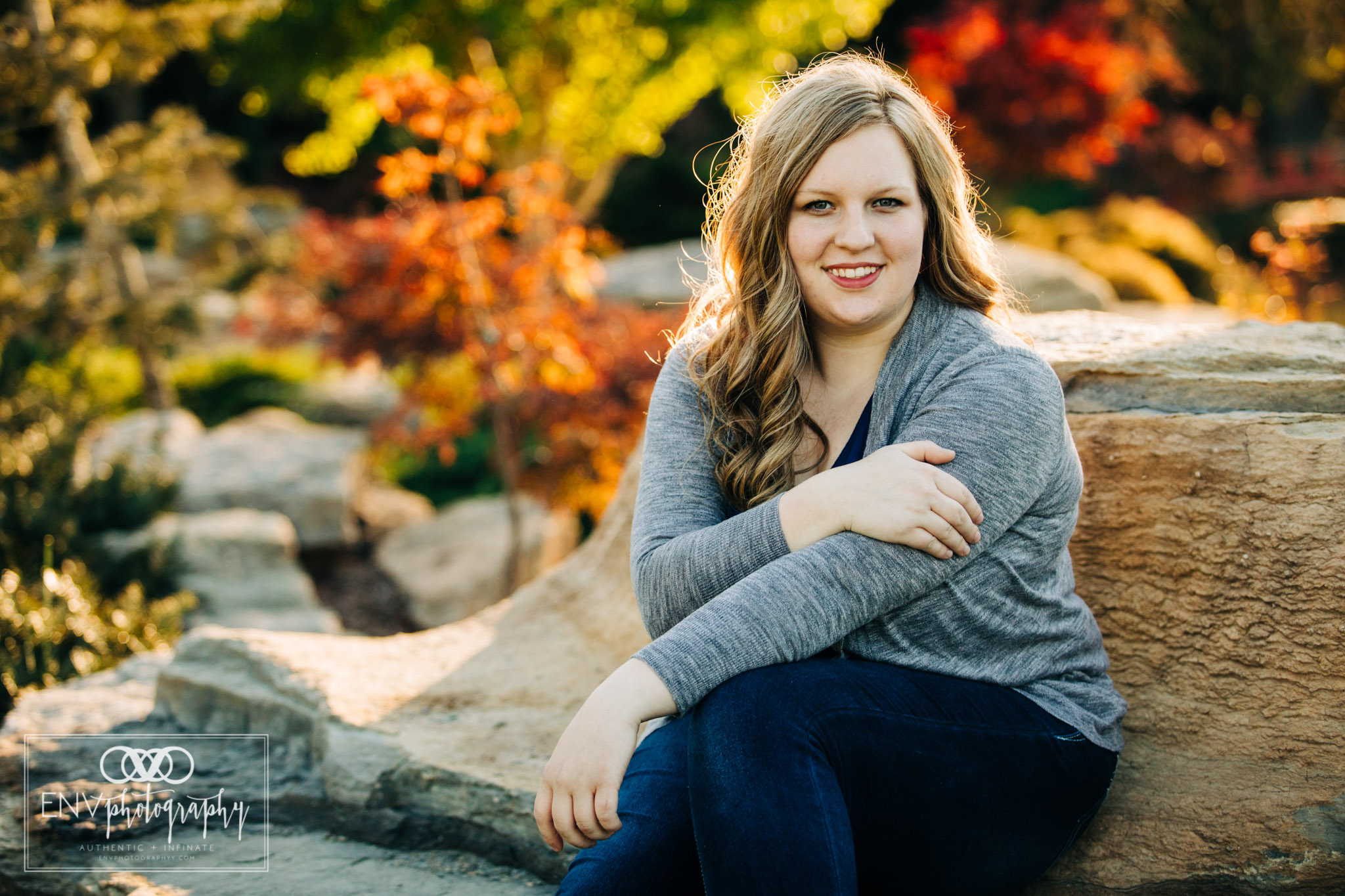 mount vernon columbus ohio senior portrait photographer (16).jpg