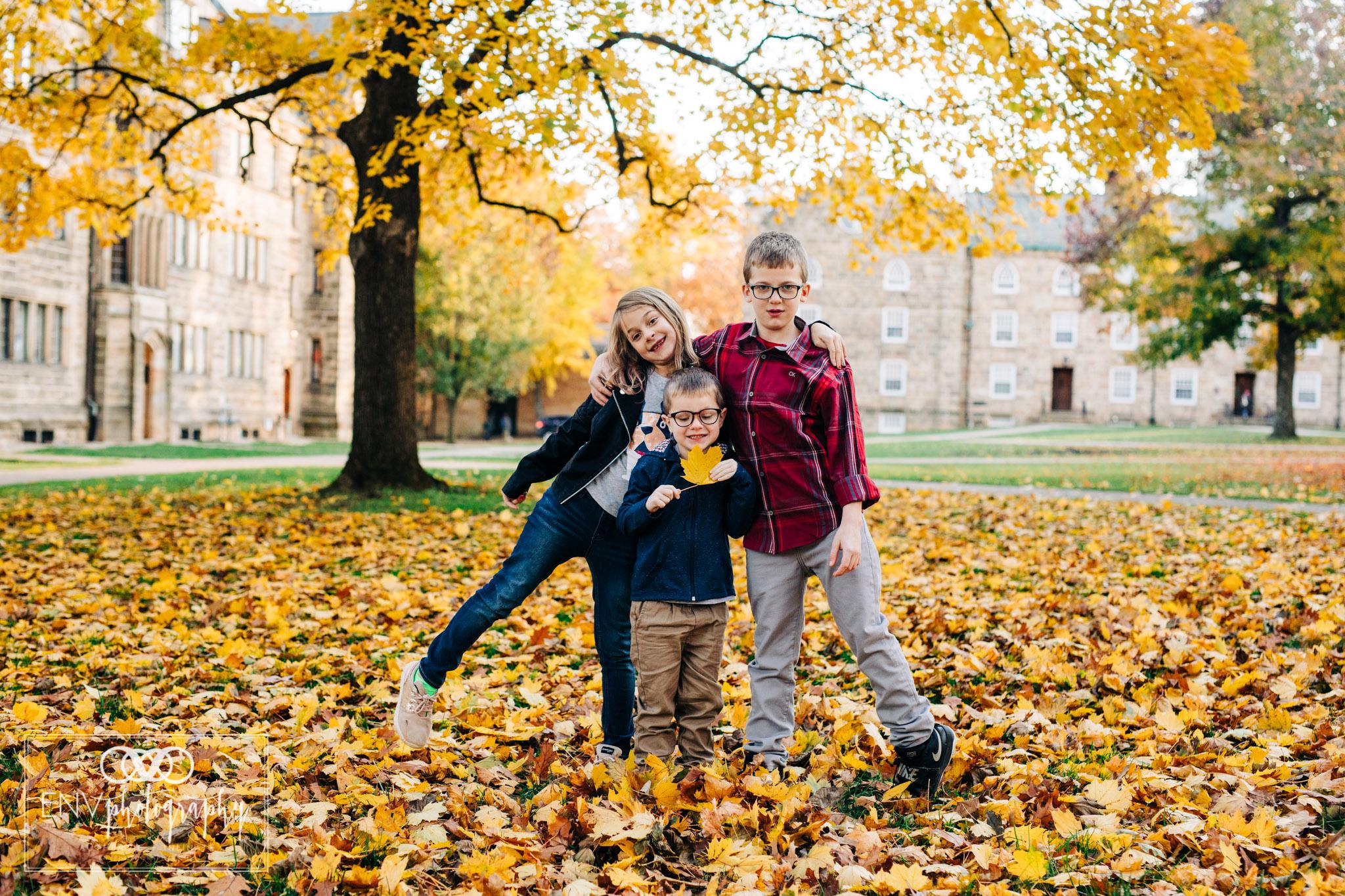 kenyon college columbus ohio fall family photography (10).jpg