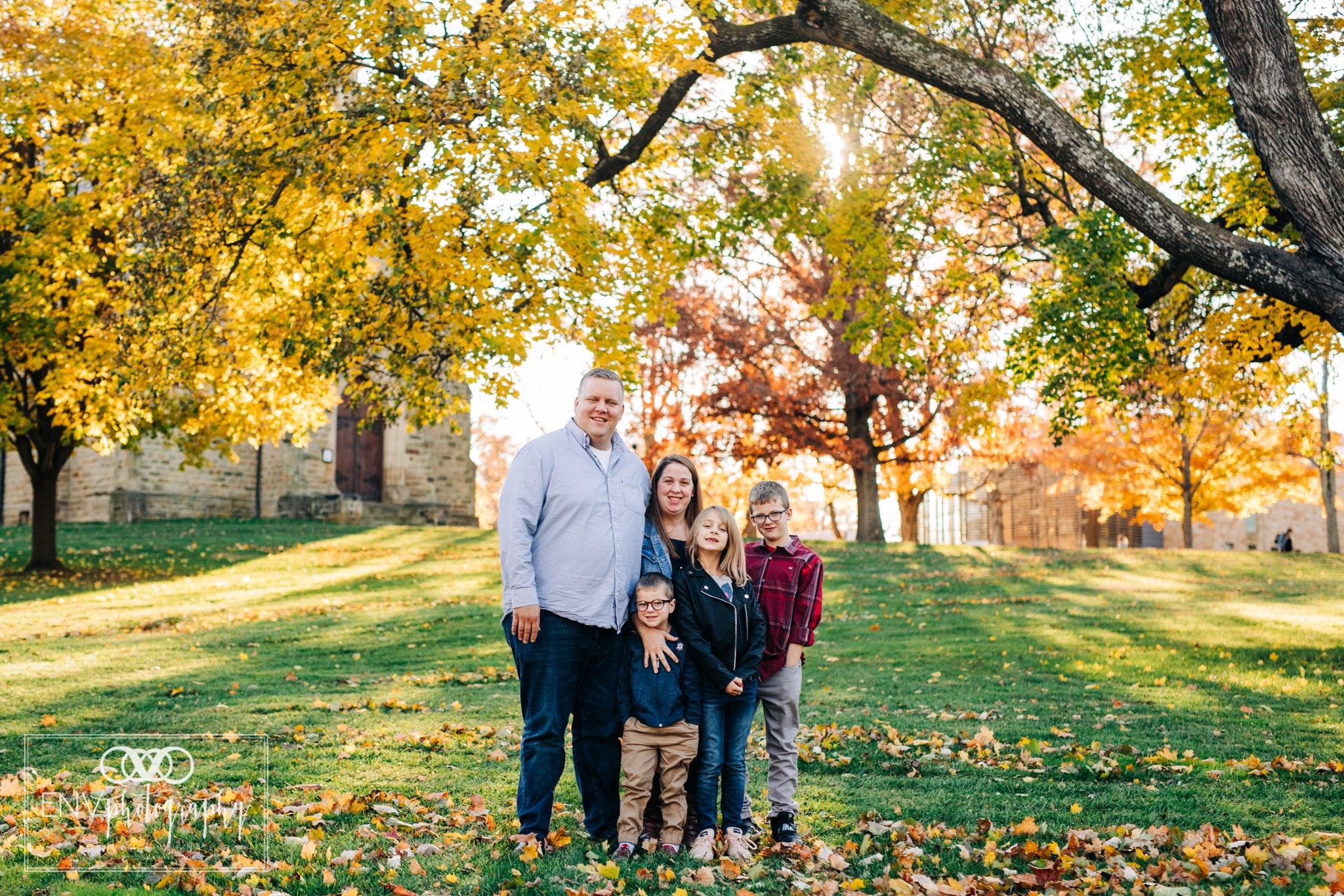 kenyon college columbus ohio fall family photography (2).jpg