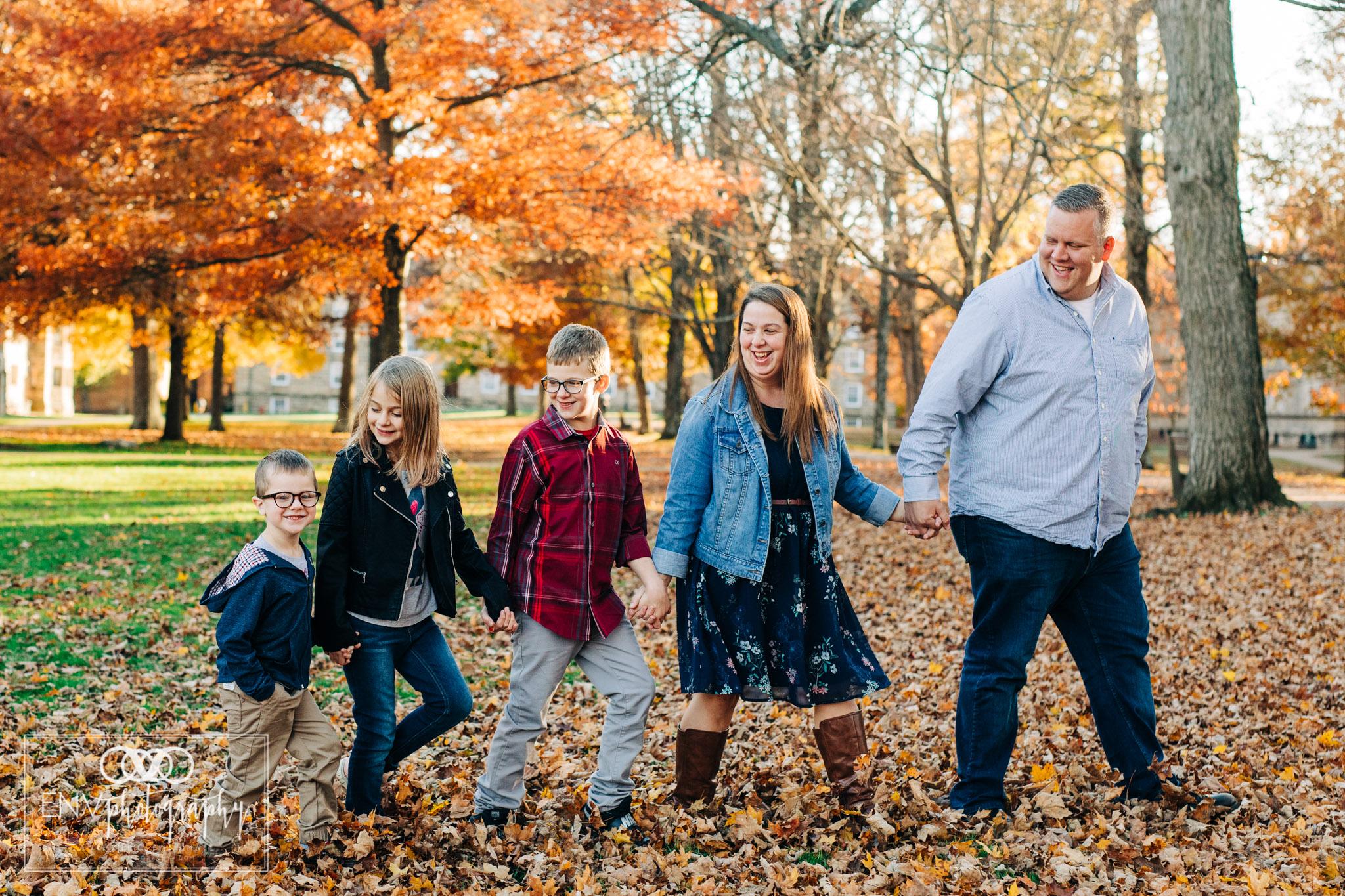 kenyon college columbus ohio fall family photography (4).jpg