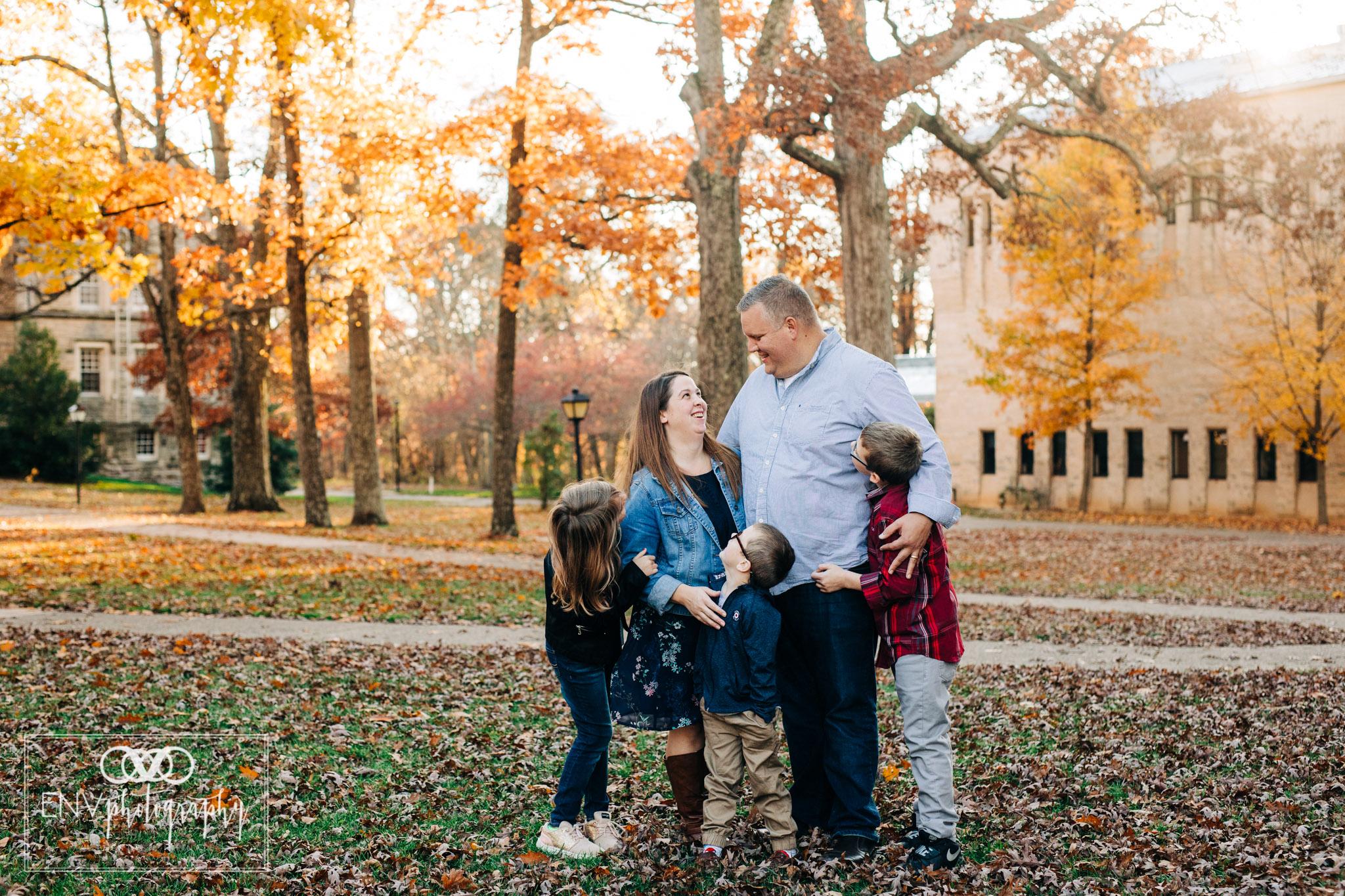 kenyon college columbus ohio fall family photography (7).jpg
